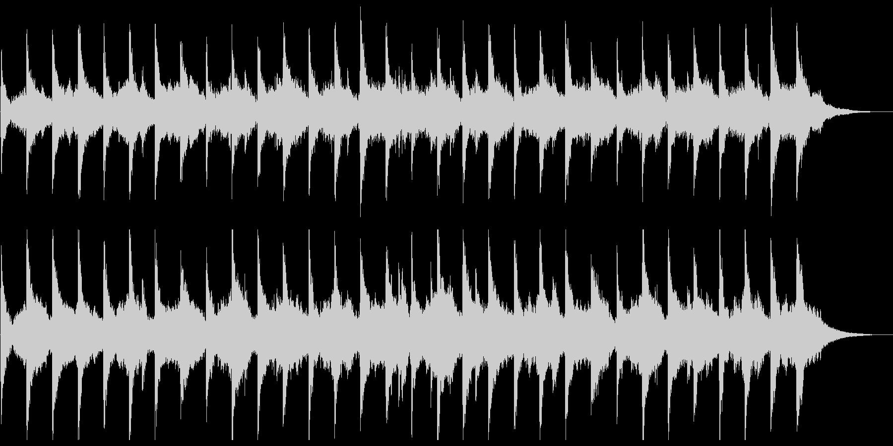 幻想、ややシリアスでシンプルなピアノと弦の未再生の波形