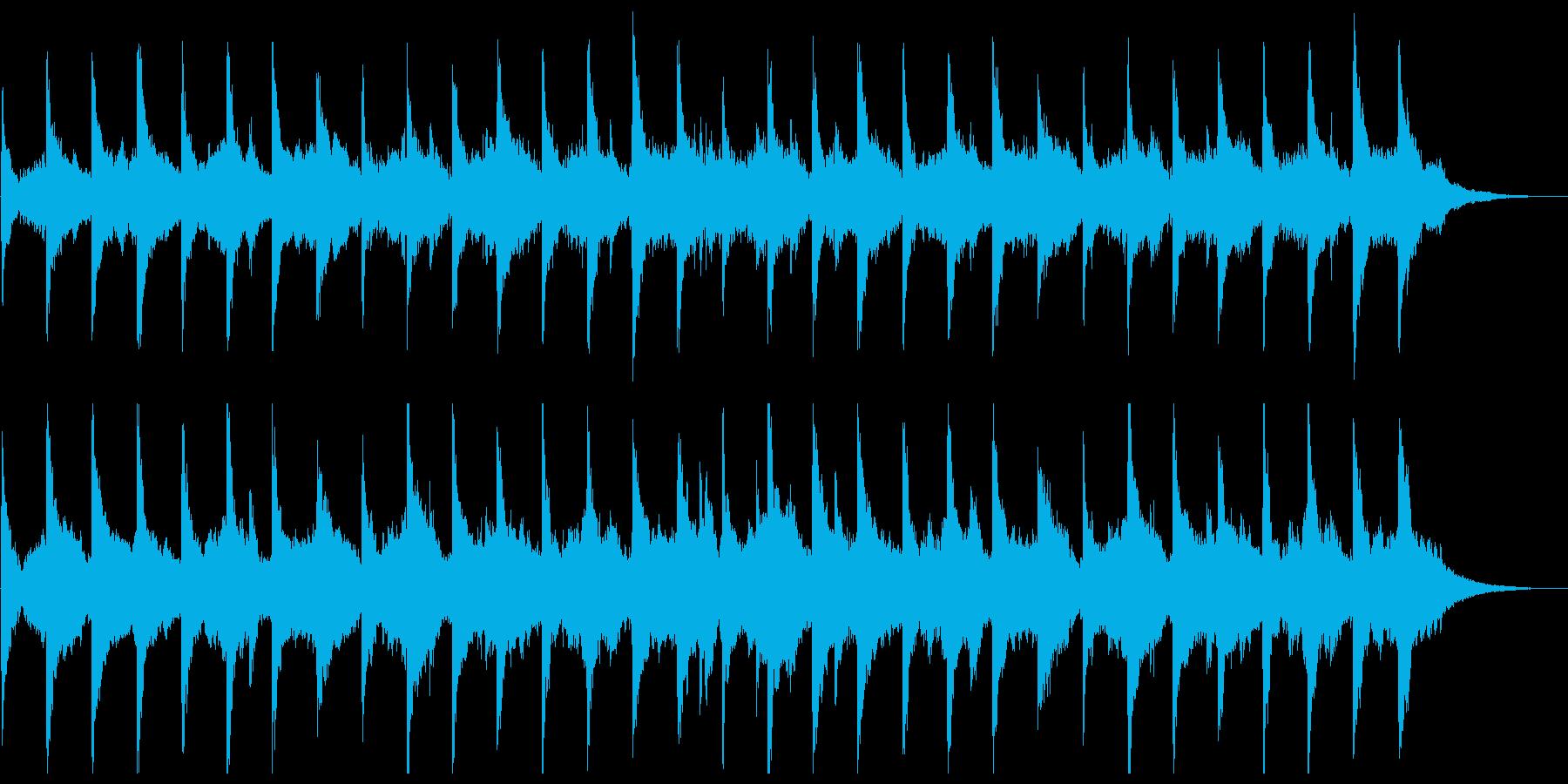 幻想、ややシリアスでシンプルなピアノと弦の再生済みの波形