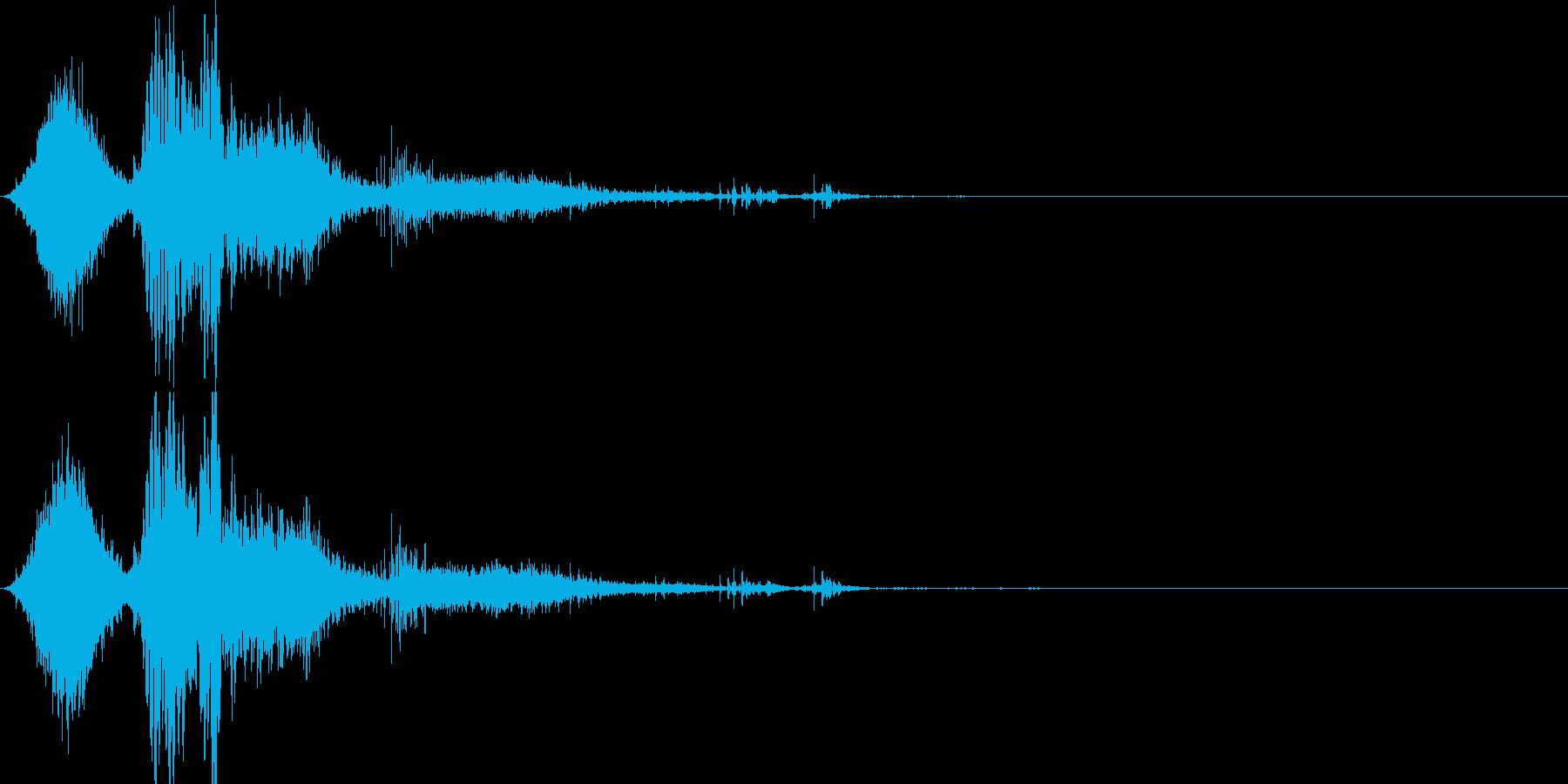 斬撃音(刀や剣で斬る/刺す効果音)16bの再生済みの波形