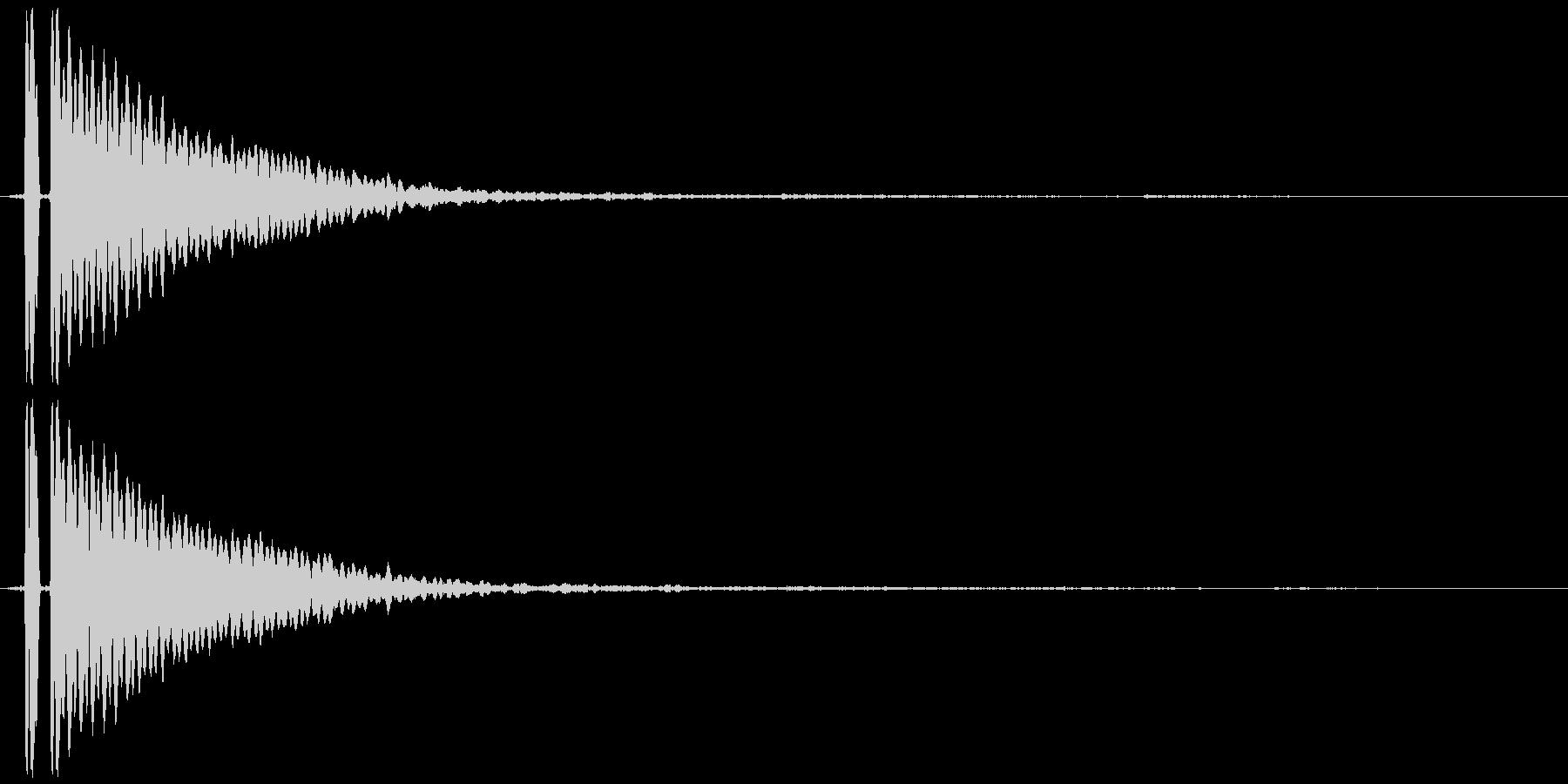 キーン(耳鳴りや何かの知らせ的なSE)の未再生の波形