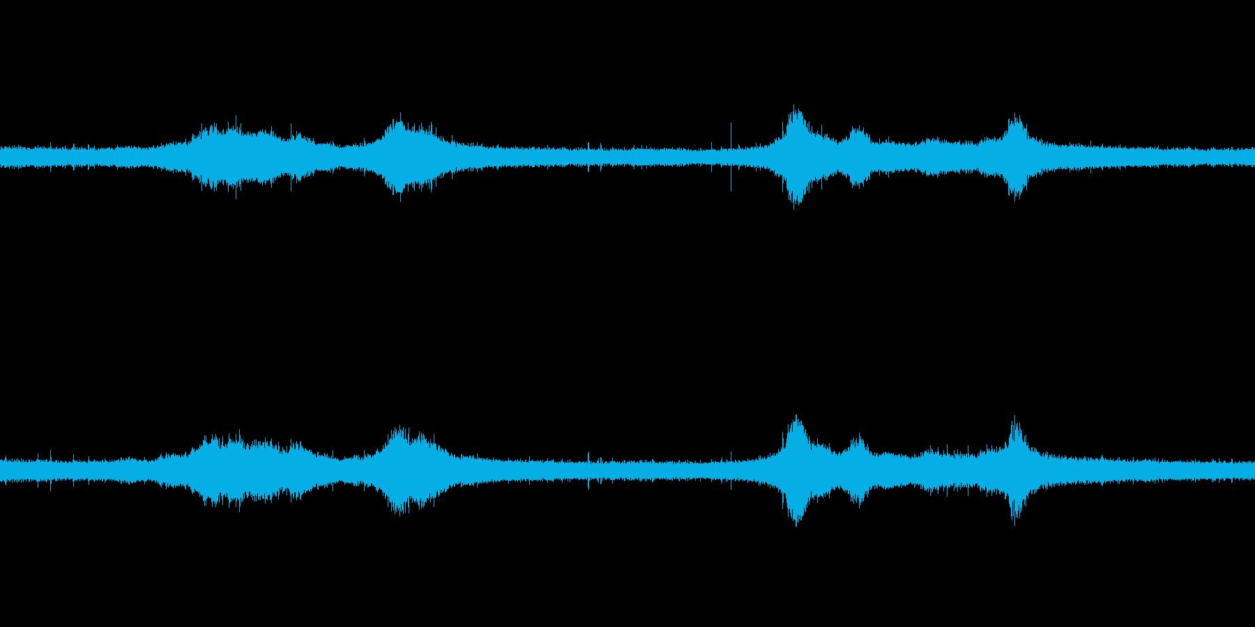 【生音】雨の日の通行音 - 6 雨 車…の再生済みの波形