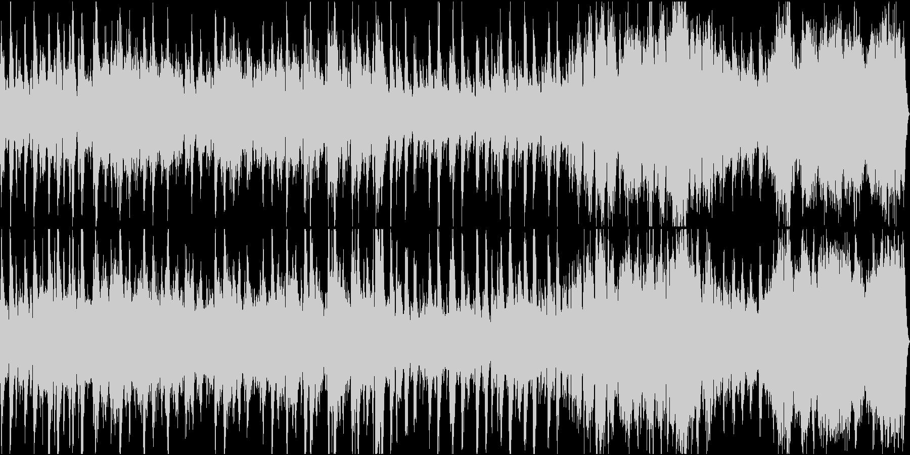 緊迫感のあるオーケストラ風行進曲の未再生の波形
