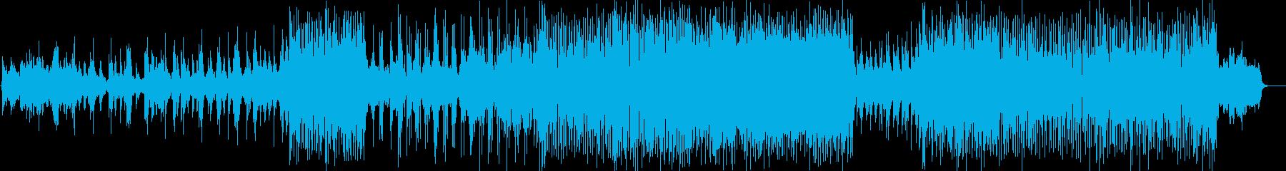 彩りと深みを添えたテクニカルなピアノの再生済みの波形