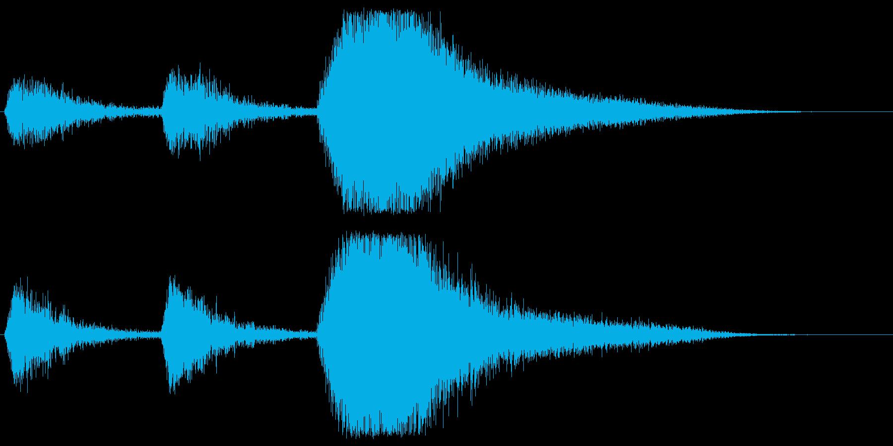 何か(吸血鬼など)が飛び出してくる音の再生済みの波形