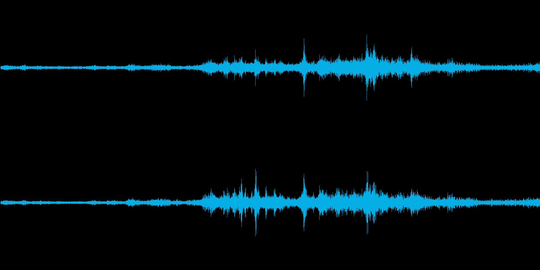 バイノーラル録音戦闘機5の再生済みの波形