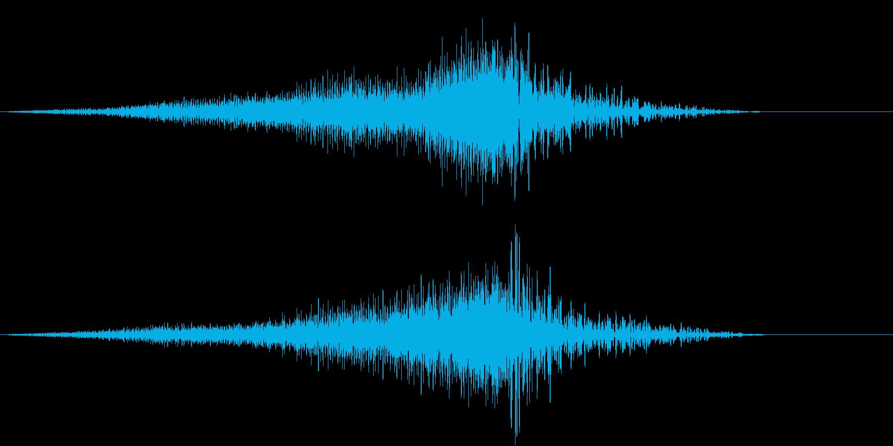 上昇もしくは下降するイメージの再生済みの波形