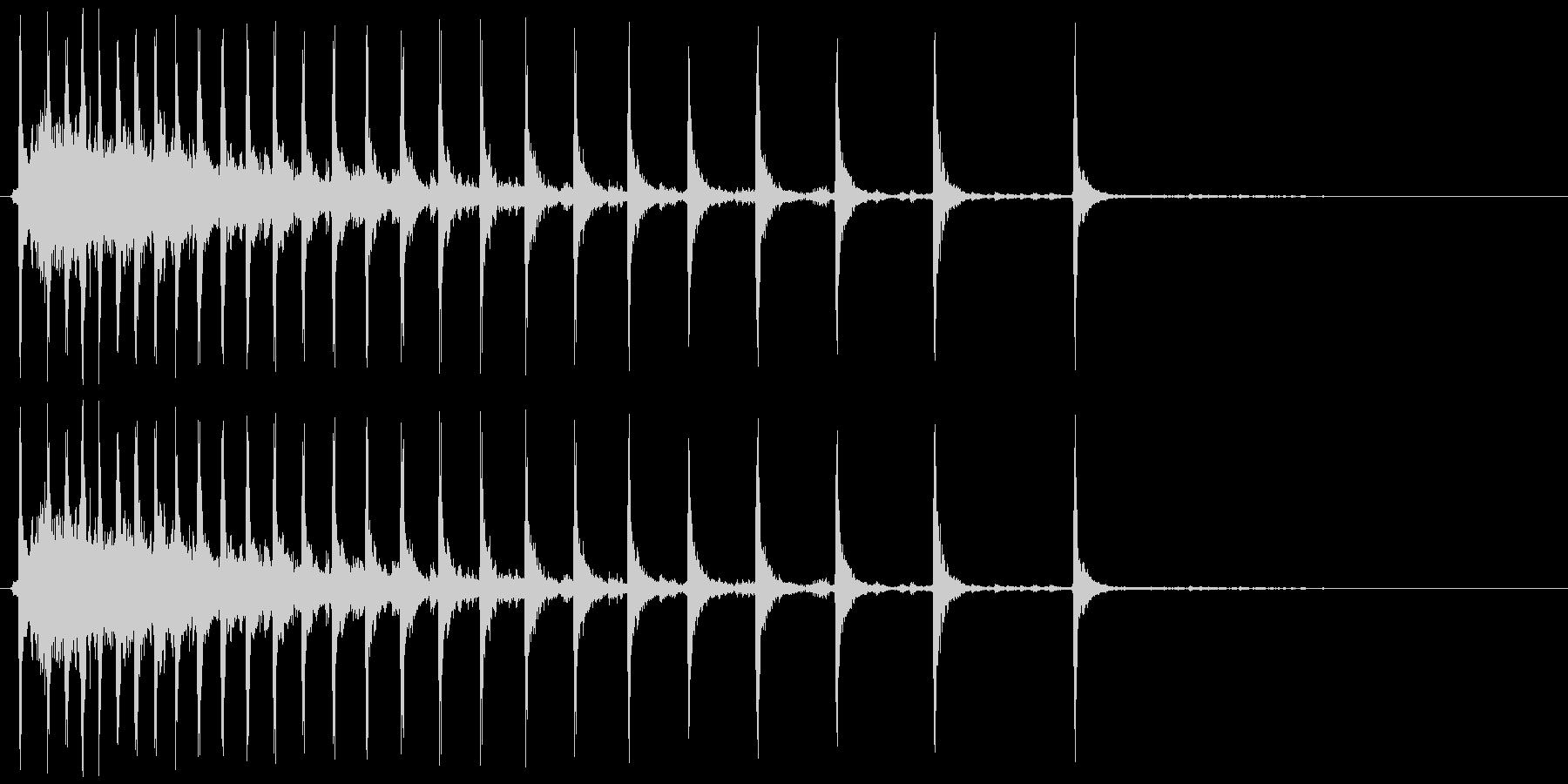 グーンカチカチカチ・・・の未再生の波形