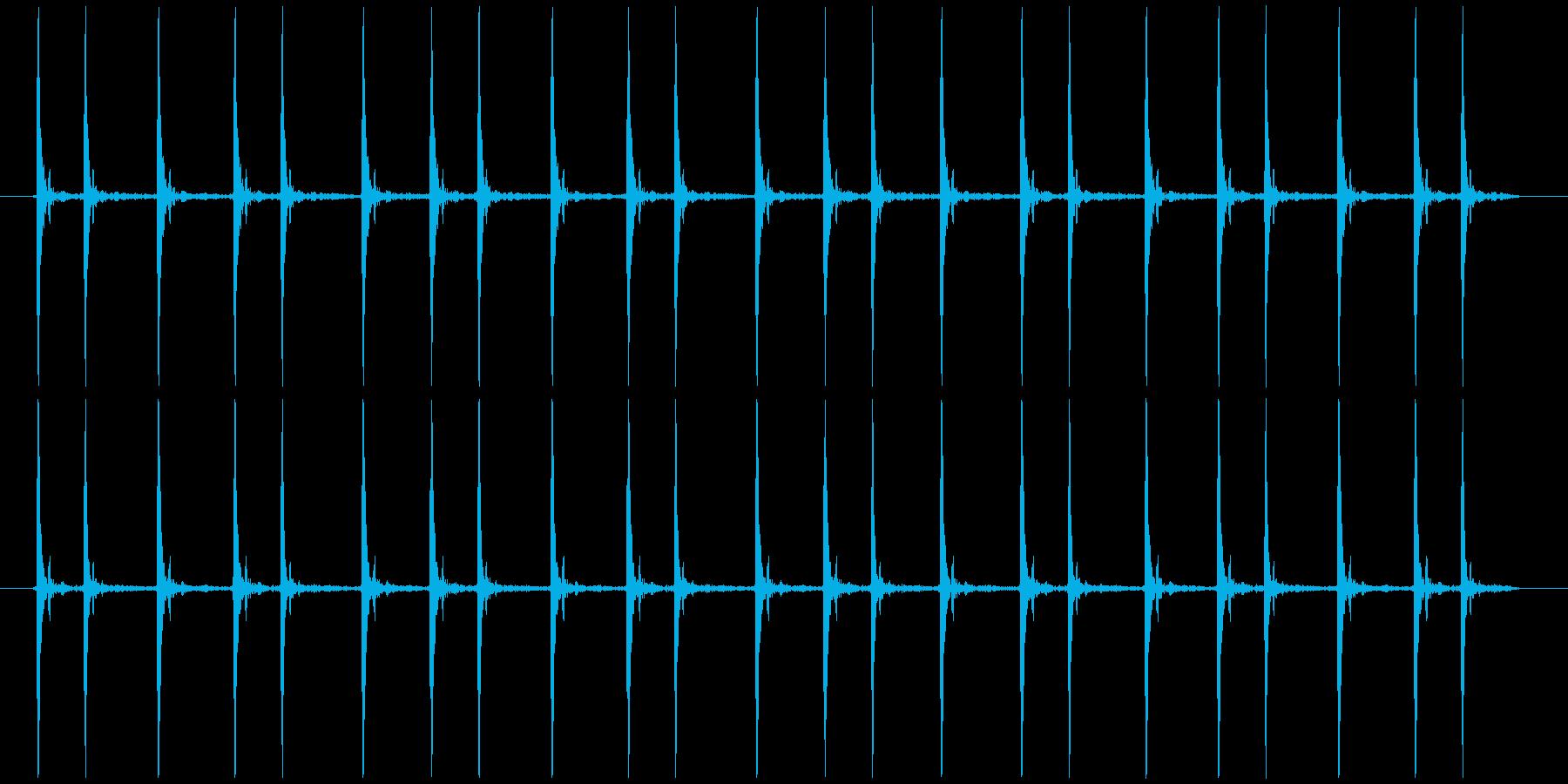 震える慌てる コミカル カタカタカタ…の再生済みの波形