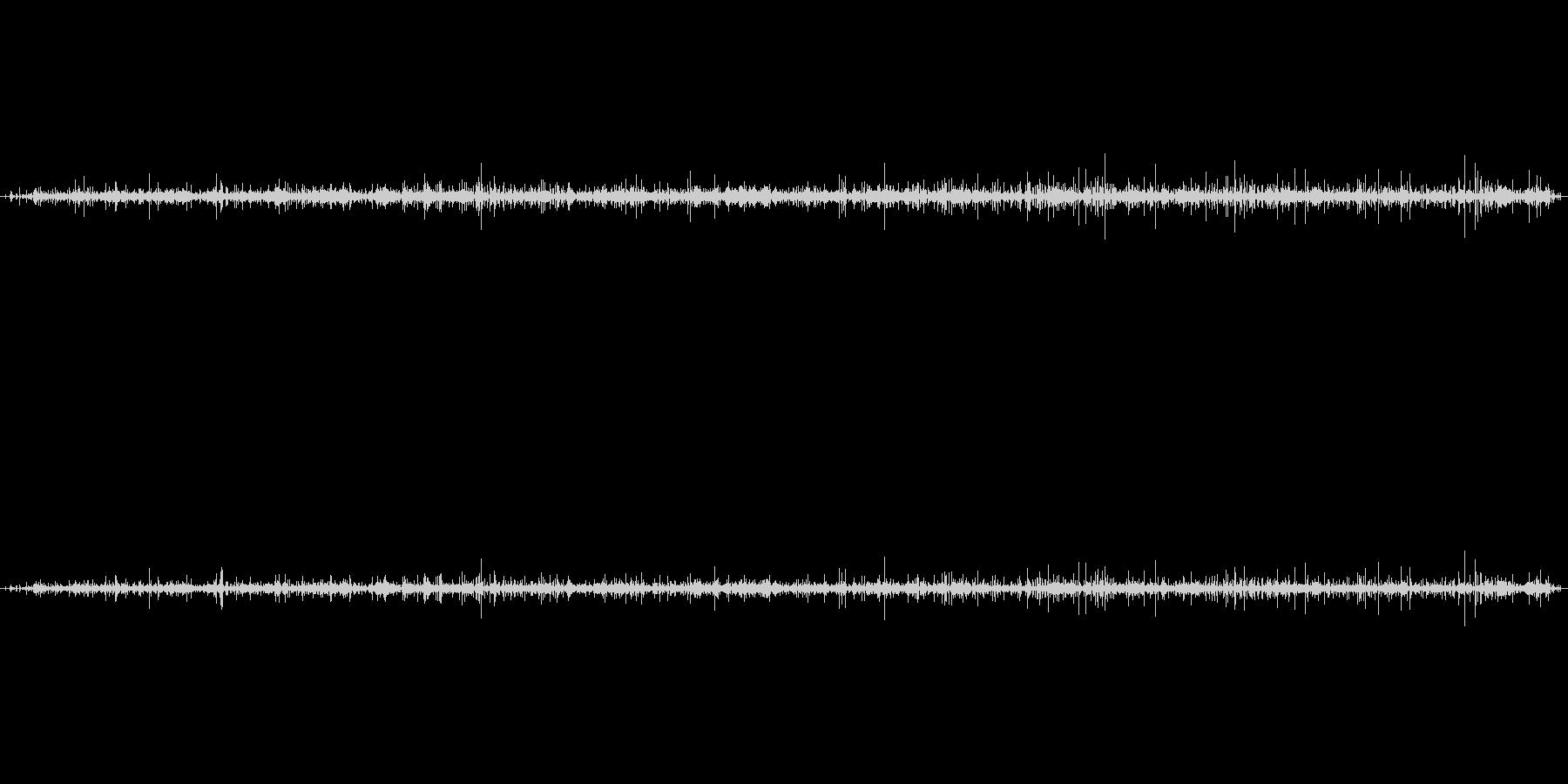 蛇口の中の音の未再生の波形