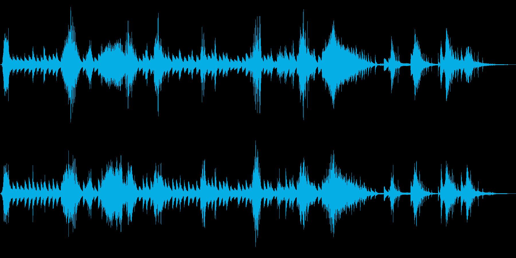 アドリブ風なピアノソロの叙情的なワルツの再生済みの波形