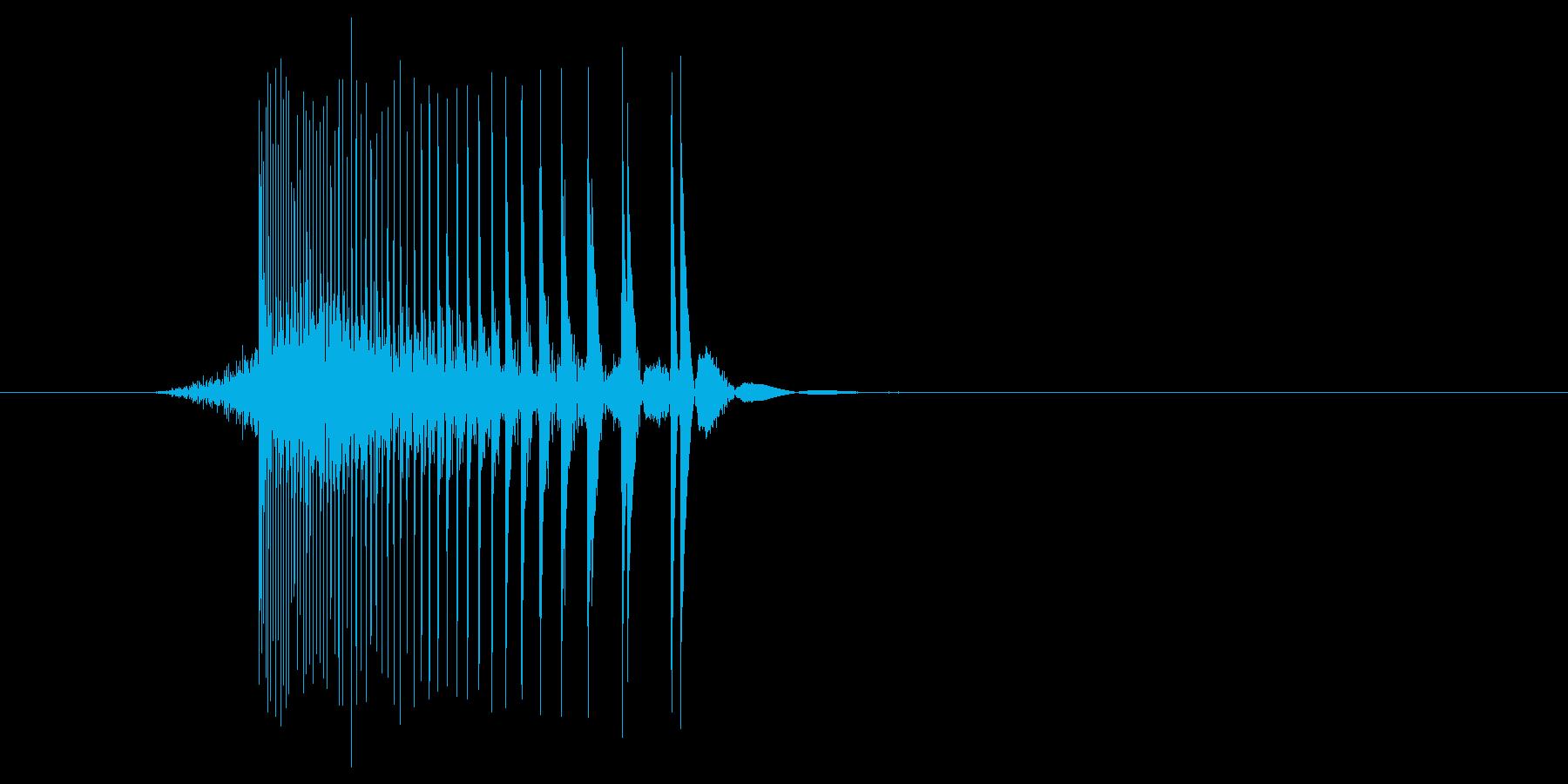 ゲーム(ファミコン風)レーザー音_040の再生済みの波形