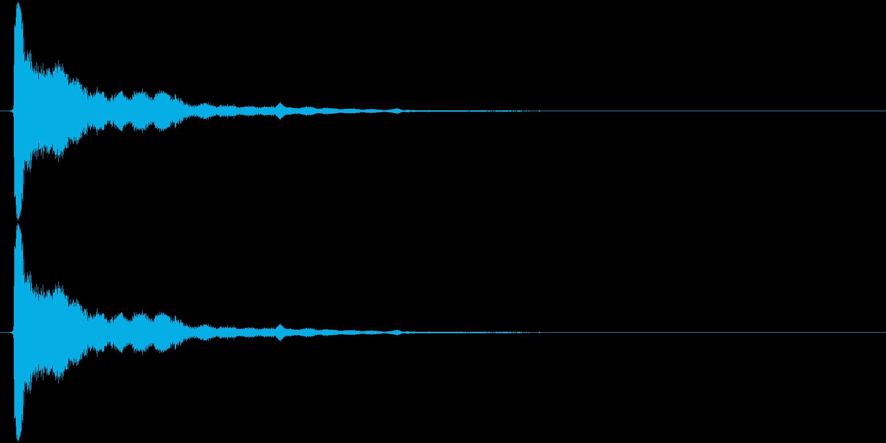 残響のある金属音(チューン)の再生済みの波形
