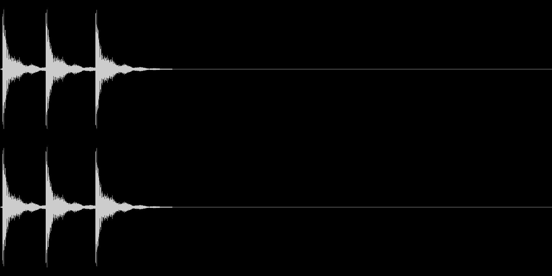 【びっくり01-3】の未再生の波形
