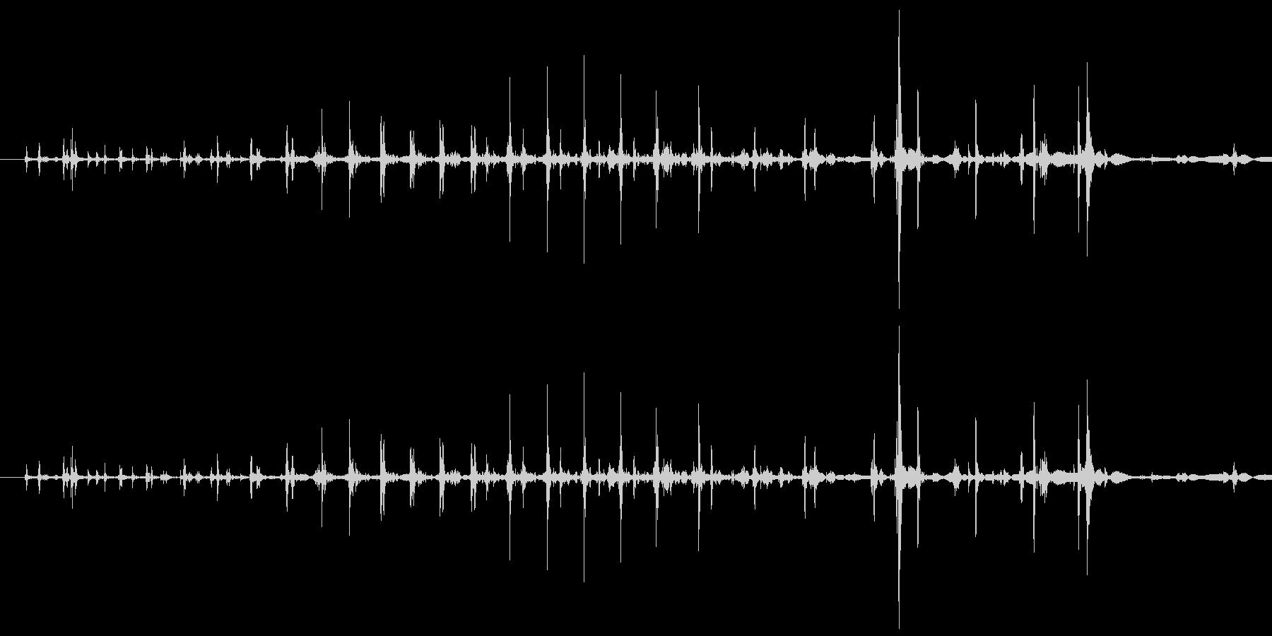「ギリリッ」締め上げるの未再生の波形