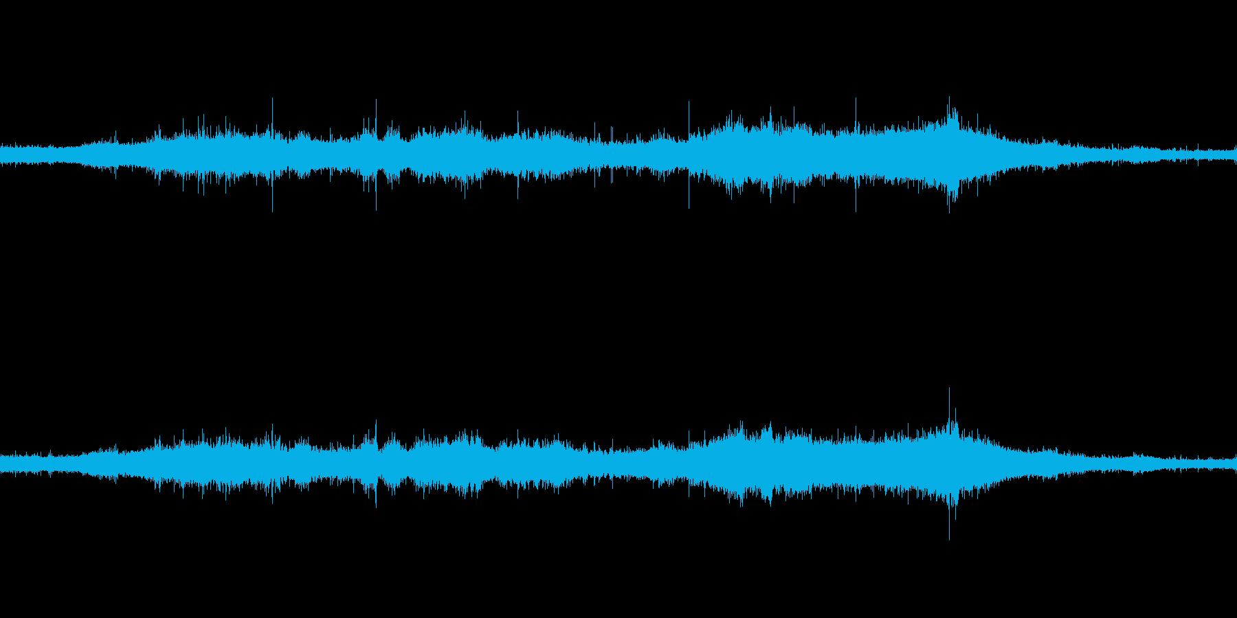 【生音】夏の日の雨音 - 07 豪雨 …の再生済みの波形