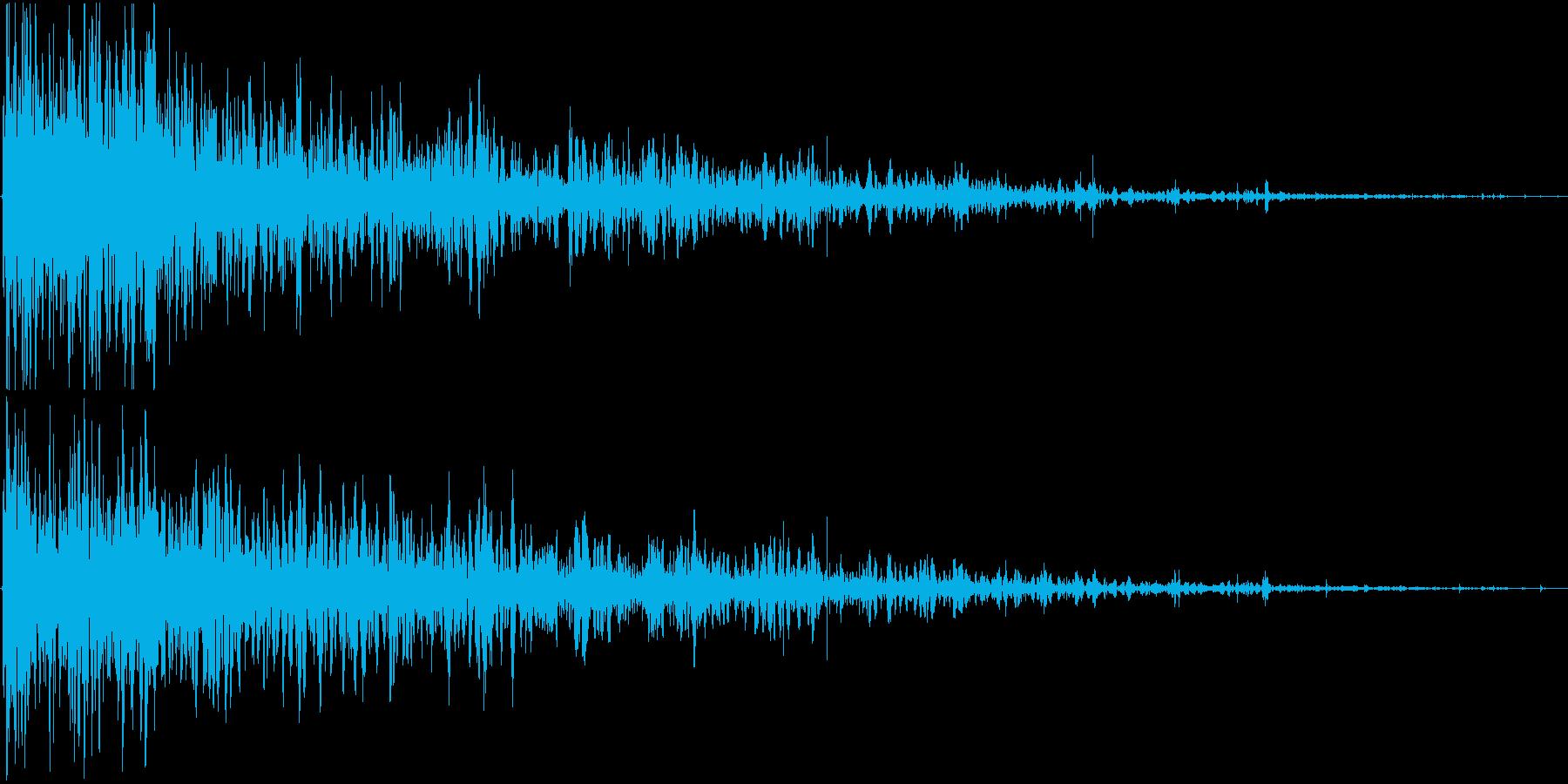 リアル系 手りゅう弾爆発1 ドカーンの再生済みの波形