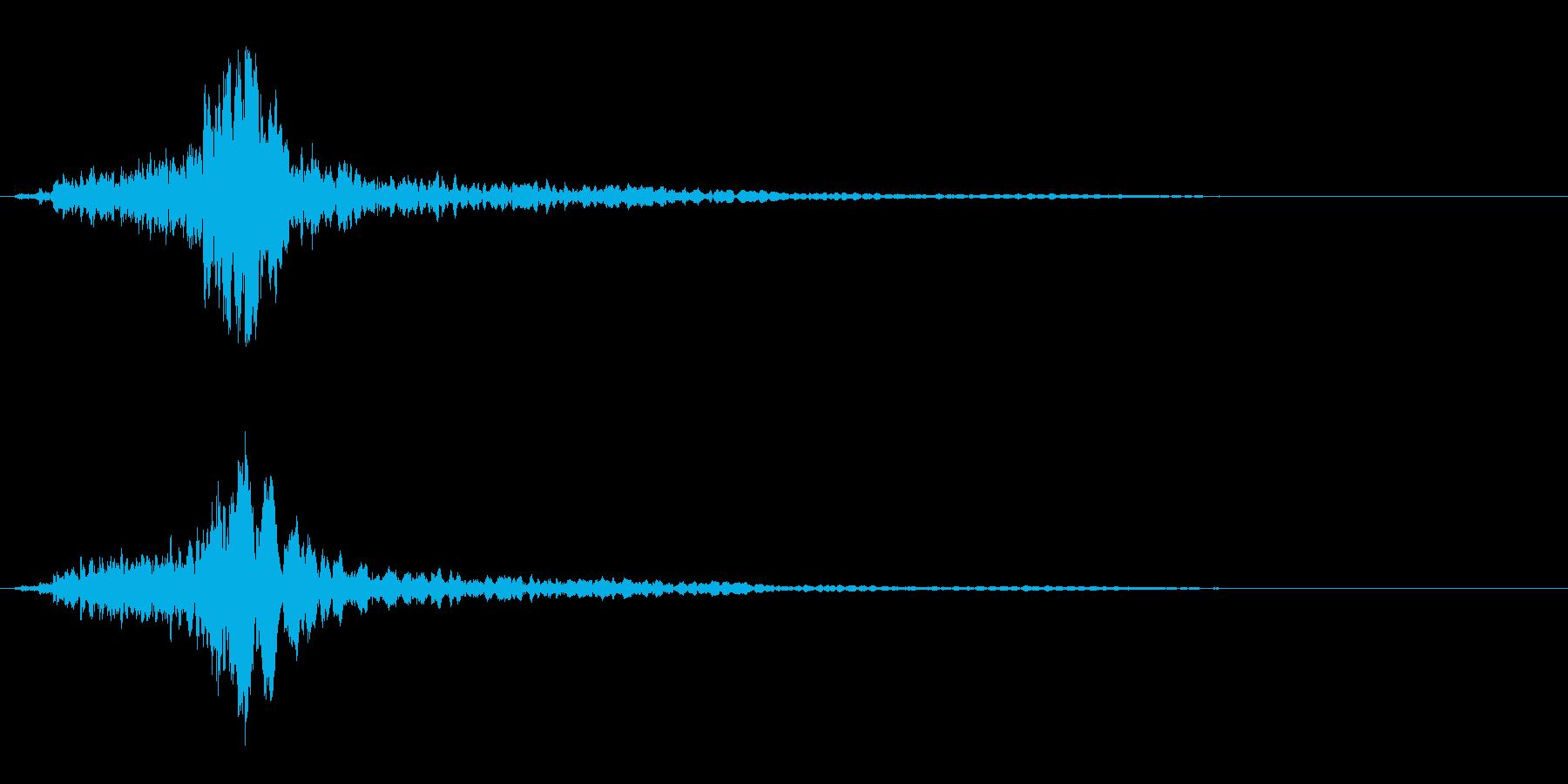 サスペンスに最適!ピアノの弦を弄ぶ音20の再生済みの波形