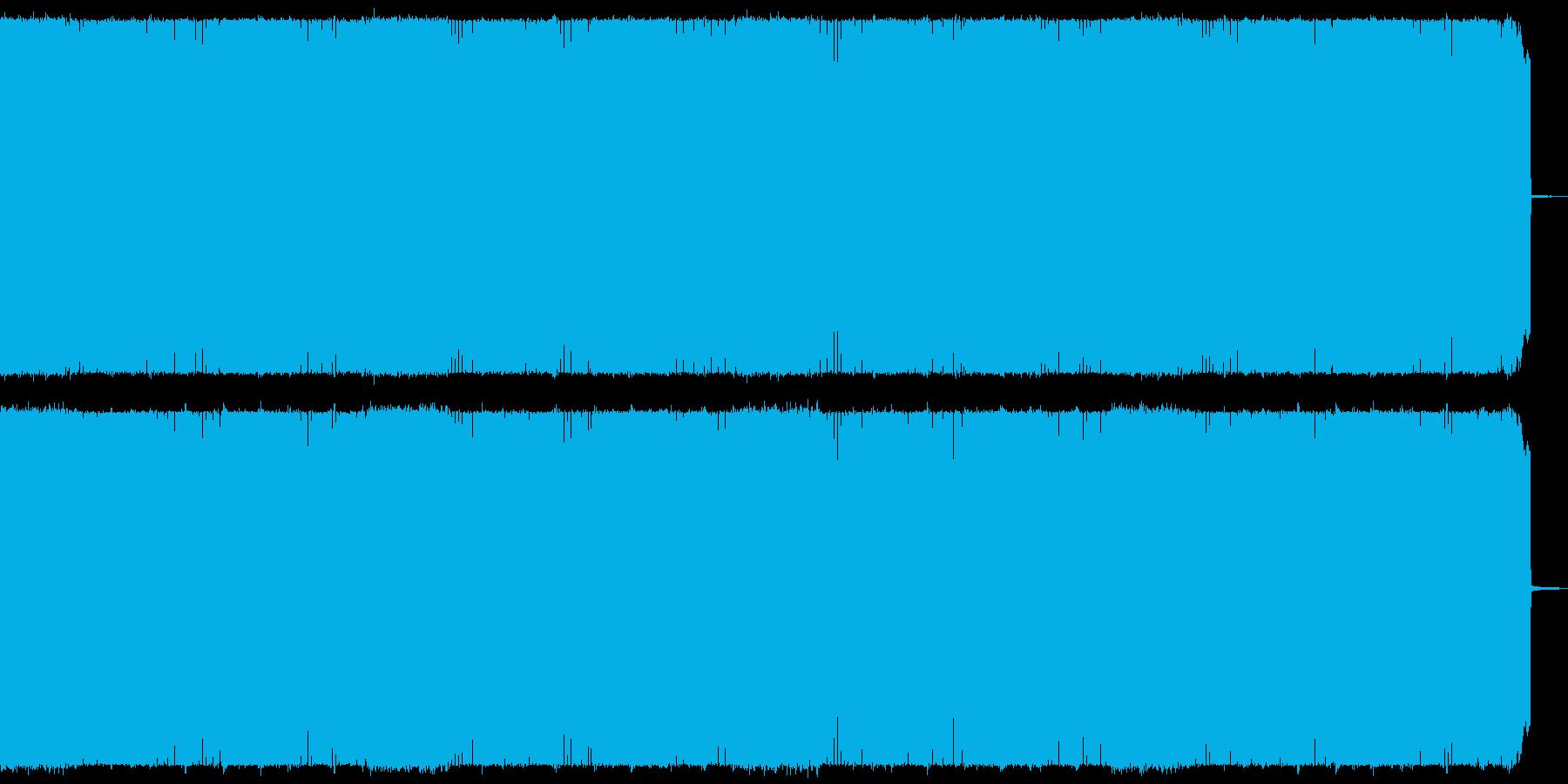 疾走感のある攻撃的なヘビーメタルの再生済みの波形