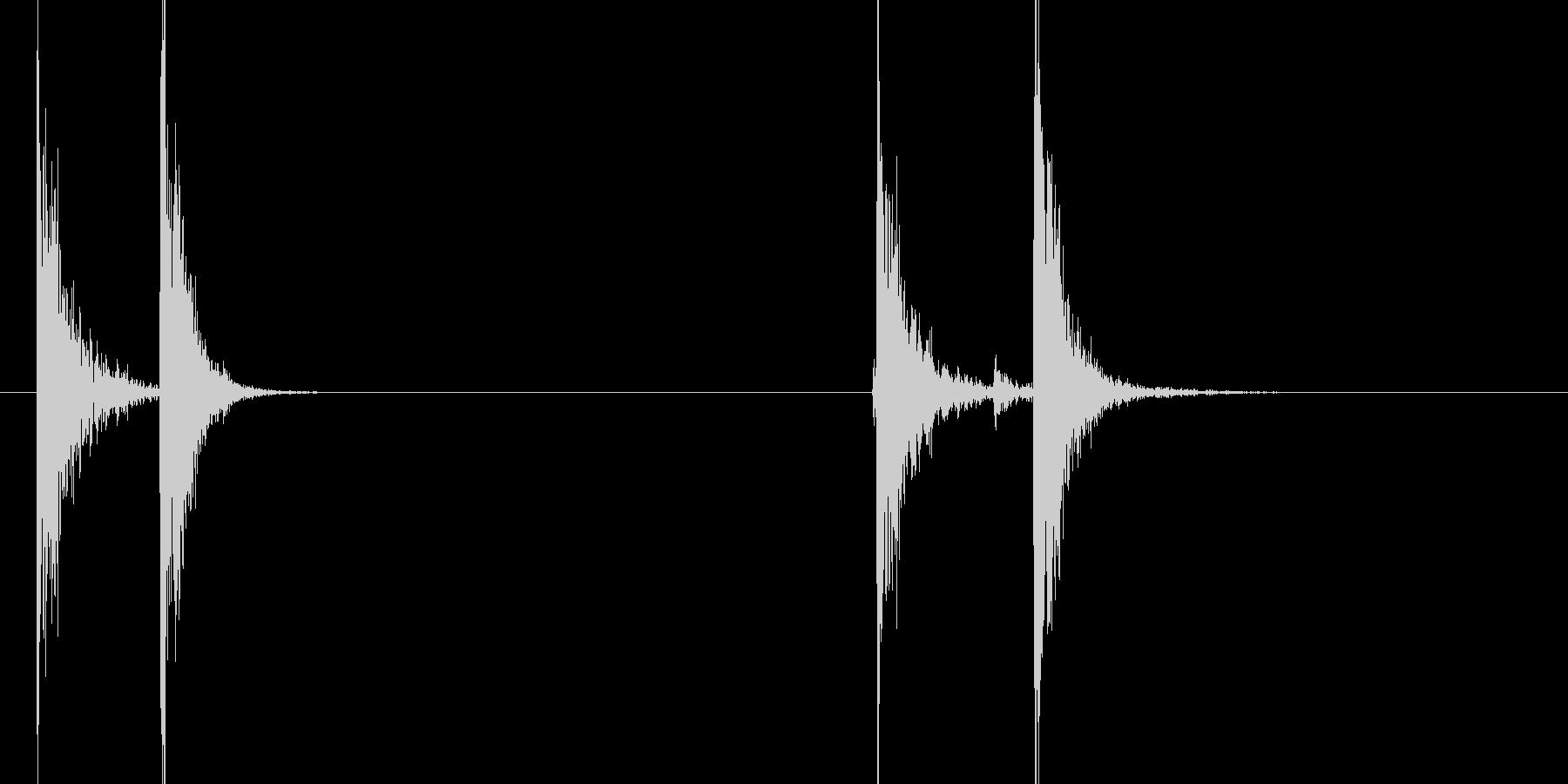 カチッ(スイッチON、OFF)の未再生の波形