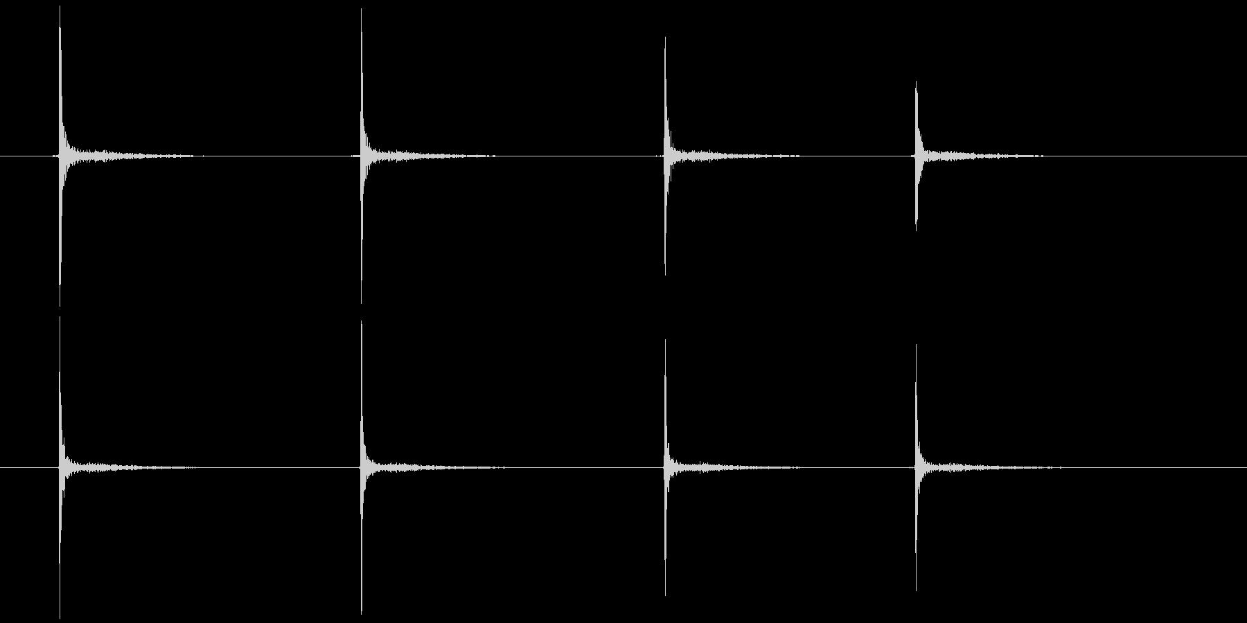 ゼンマイを巻く (キ、キ、キ、キ)の未再生の波形