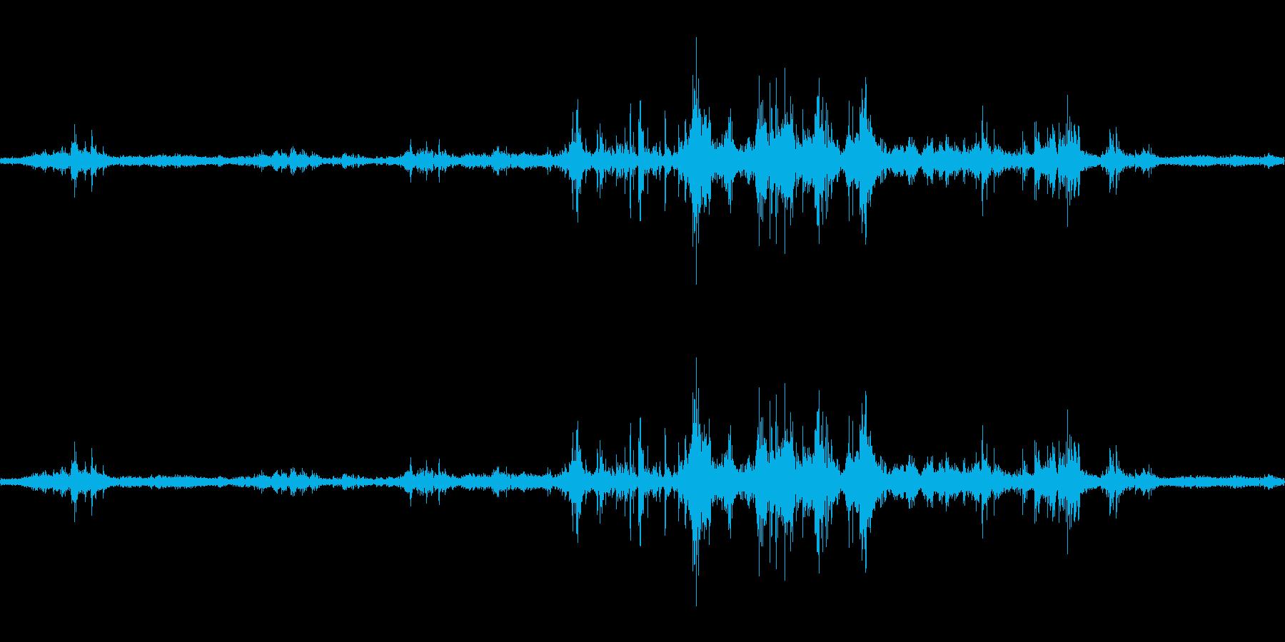 【生音】雷5 - 風と雷と通行音 「ざ…の再生済みの波形