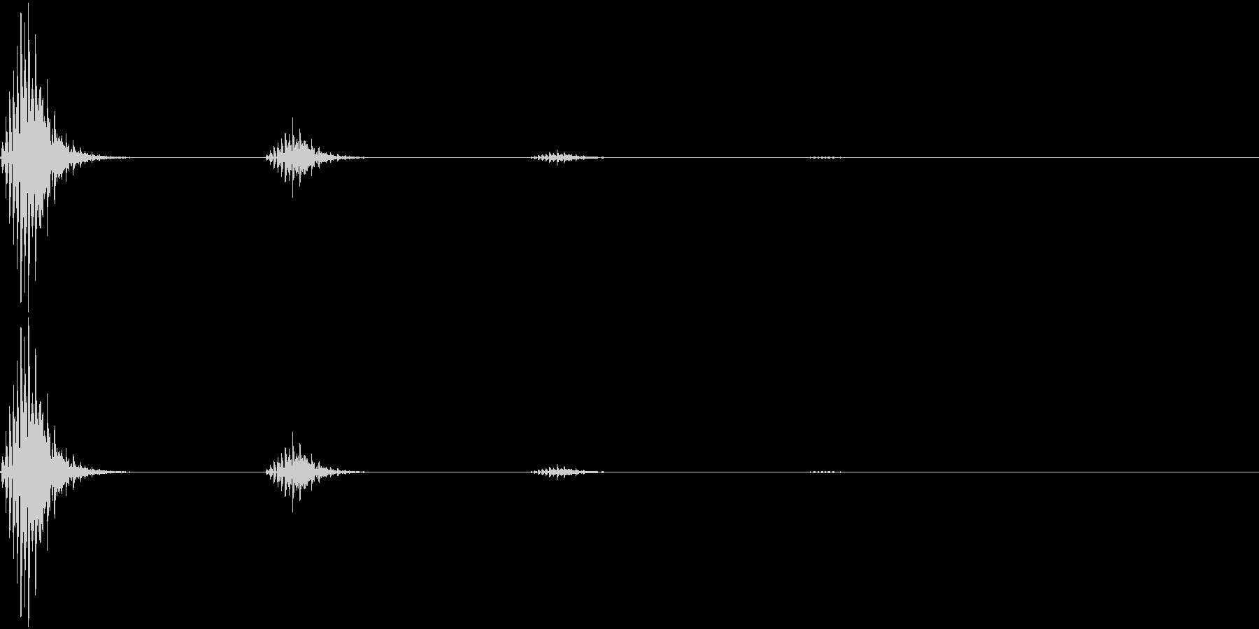 「ピッ(エコー付)」。クリック音の未再生の波形