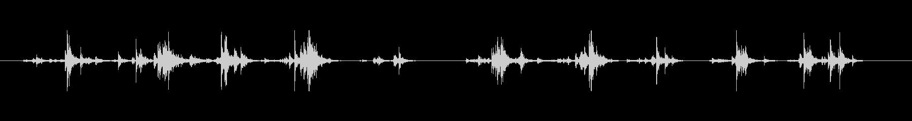 【筆箱01-8(振る)】の未再生の波形