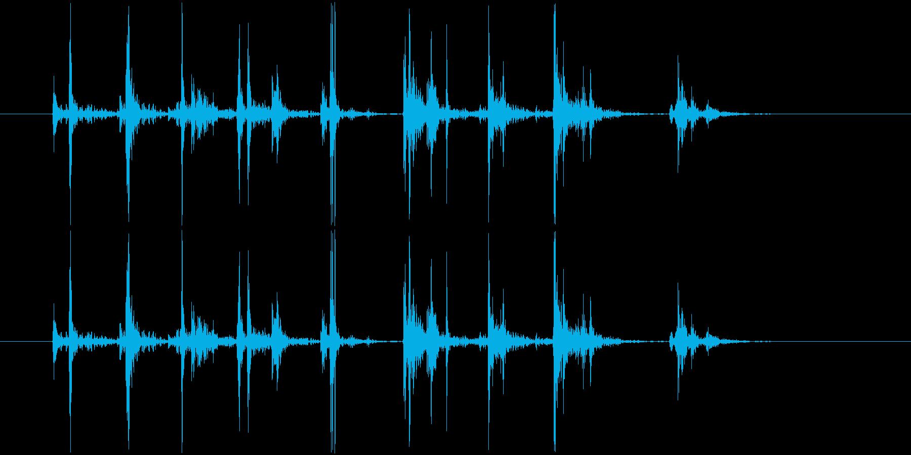 激しいタイピング音(カタカタ)の再生済みの波形