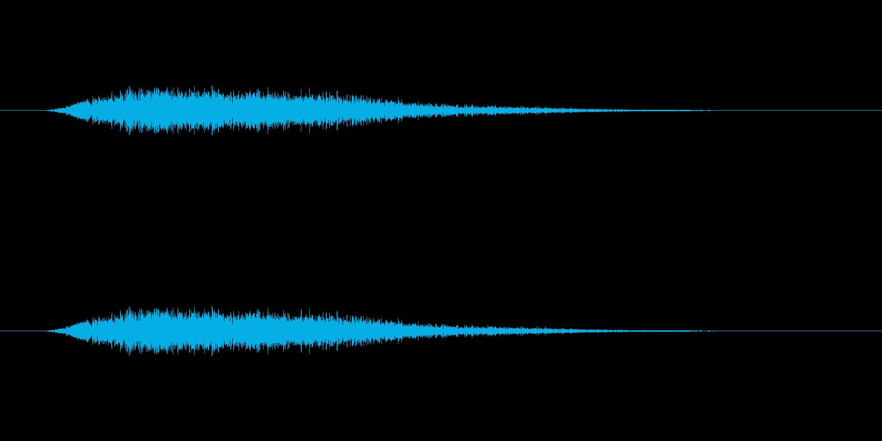 【風 合成02-4】の再生済みの波形