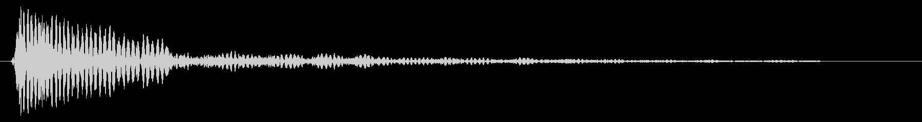 ドーンというタムタムの音の未再生の波形