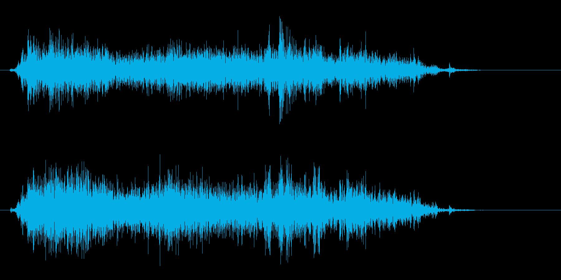 カサァという紙を擦る音の再生済みの波形