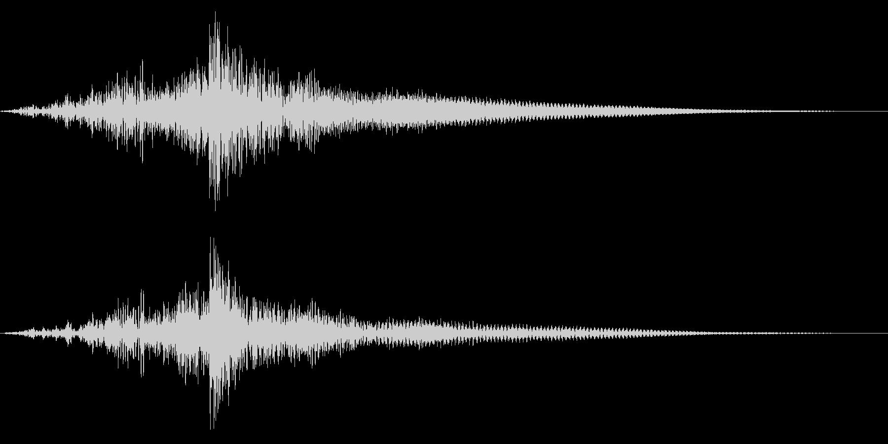 ホラー系アタック音130の未再生の波形