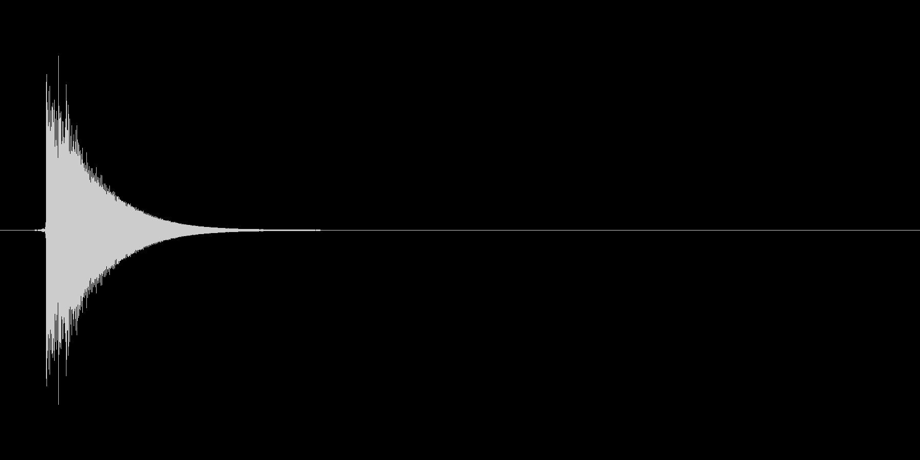 チン(グラスをぶつける、乾杯)の未再生の波形