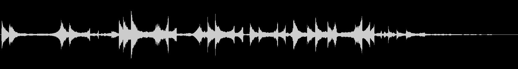 優しい雰囲気の柔らかいピアノ曲の未再生の波形