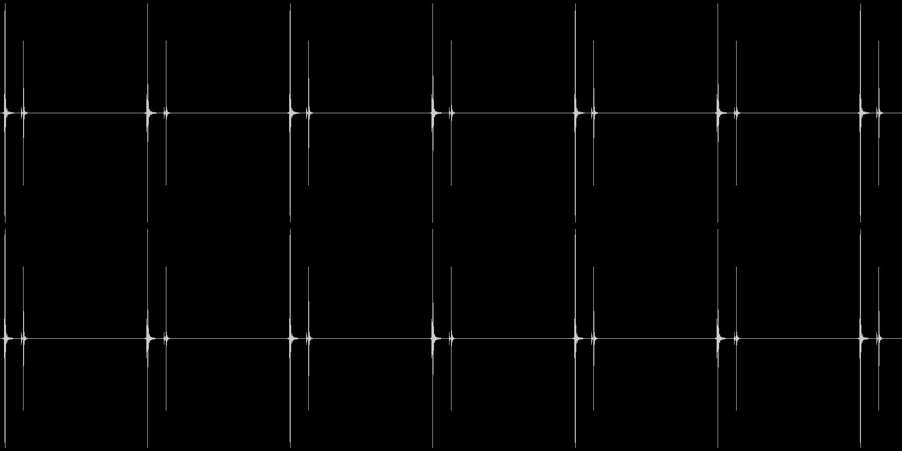 時計の秒針 シンプル系B  カチ、カチの未再生の波形
