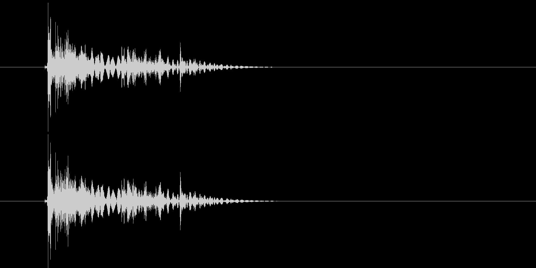 ガンガラガラ(岩が砕けるような効果音)の未再生の波形