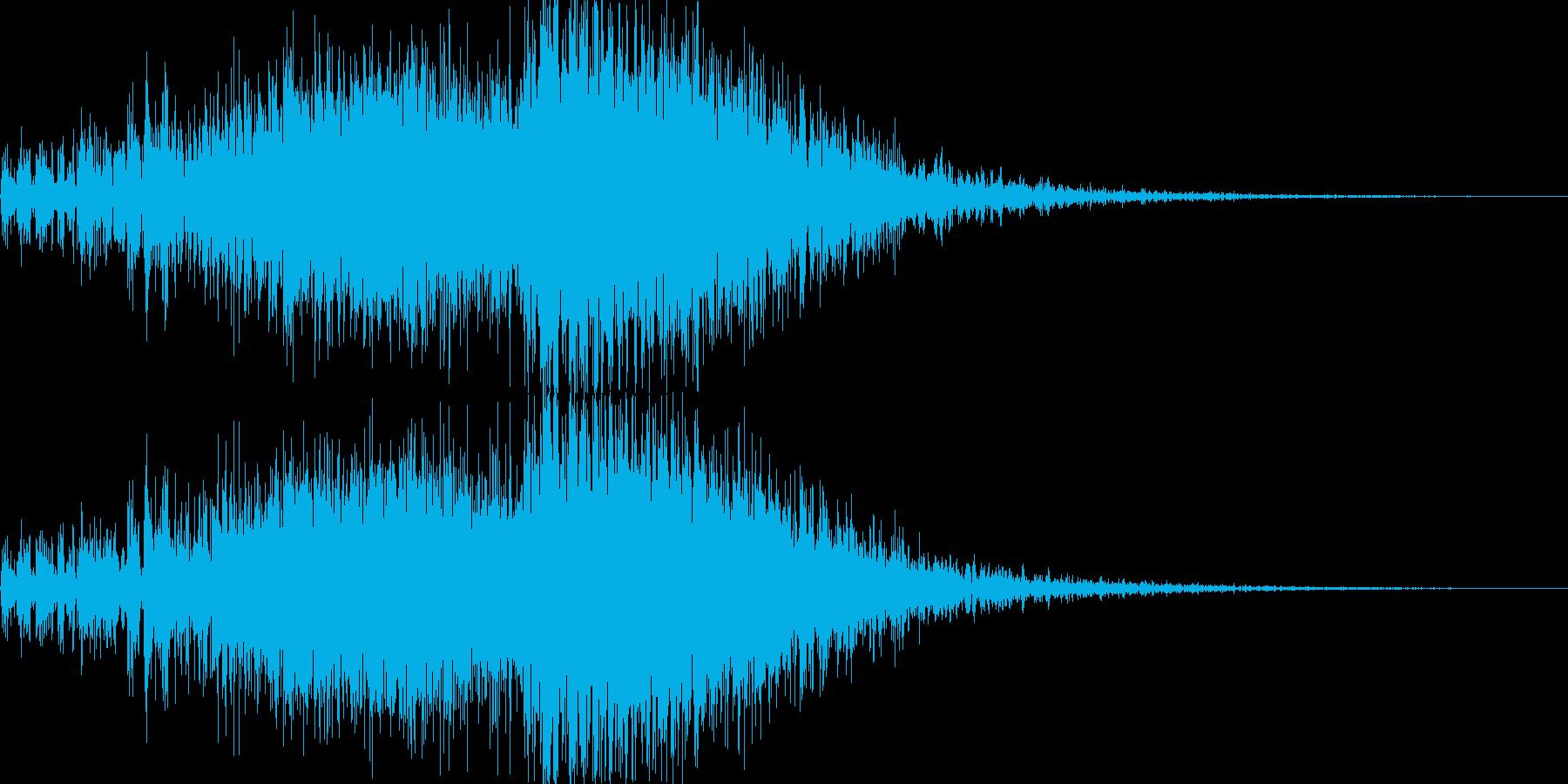アニメにありそうなメカの攻撃音、衝撃音の再生済みの波形