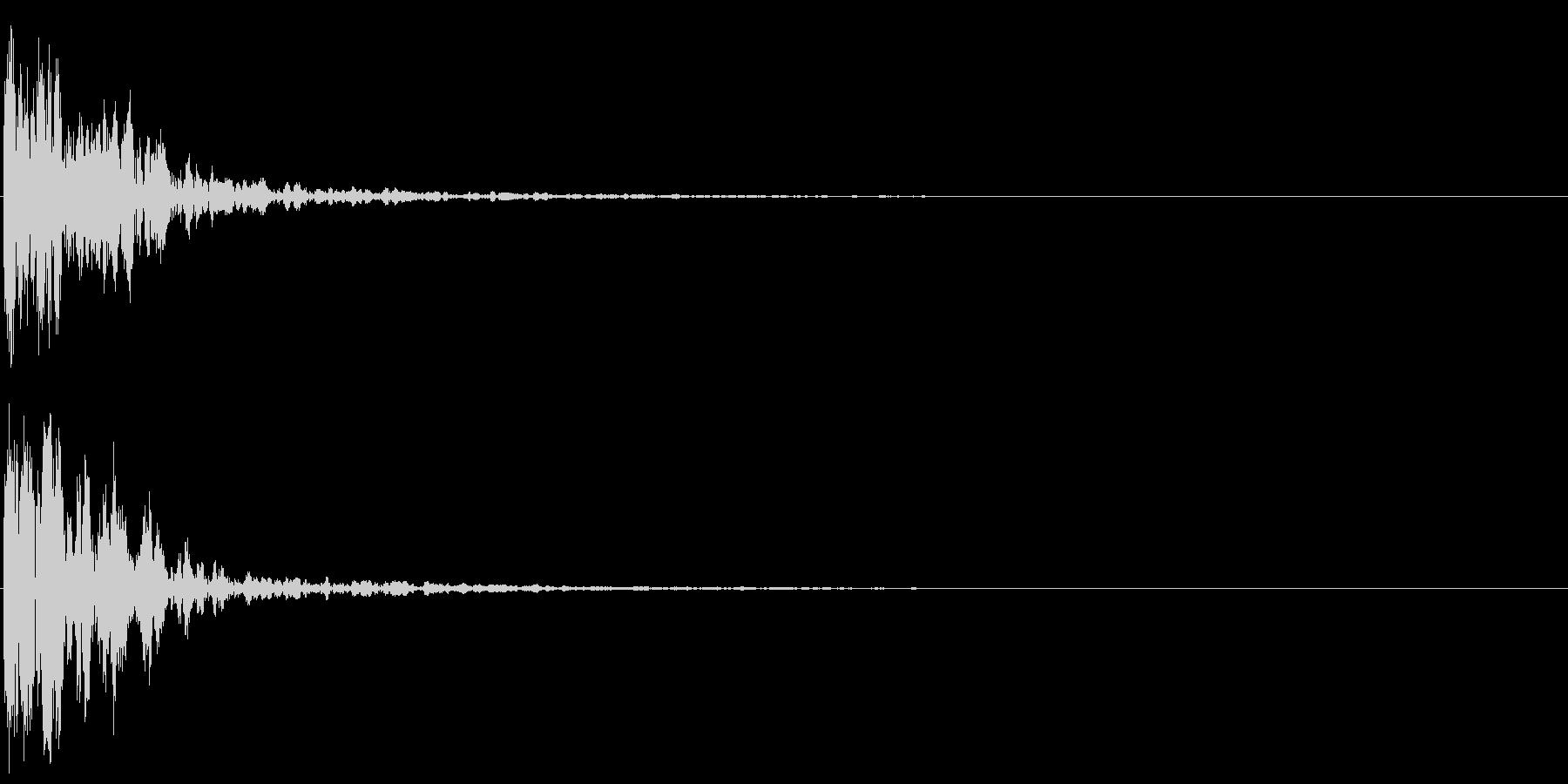 タッチ Kick-1 (ダーン)の未再生の波形
