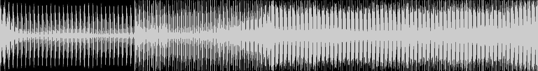 約56秒、緊迫した雰囲気のエレクトロ系…の未再生の波形