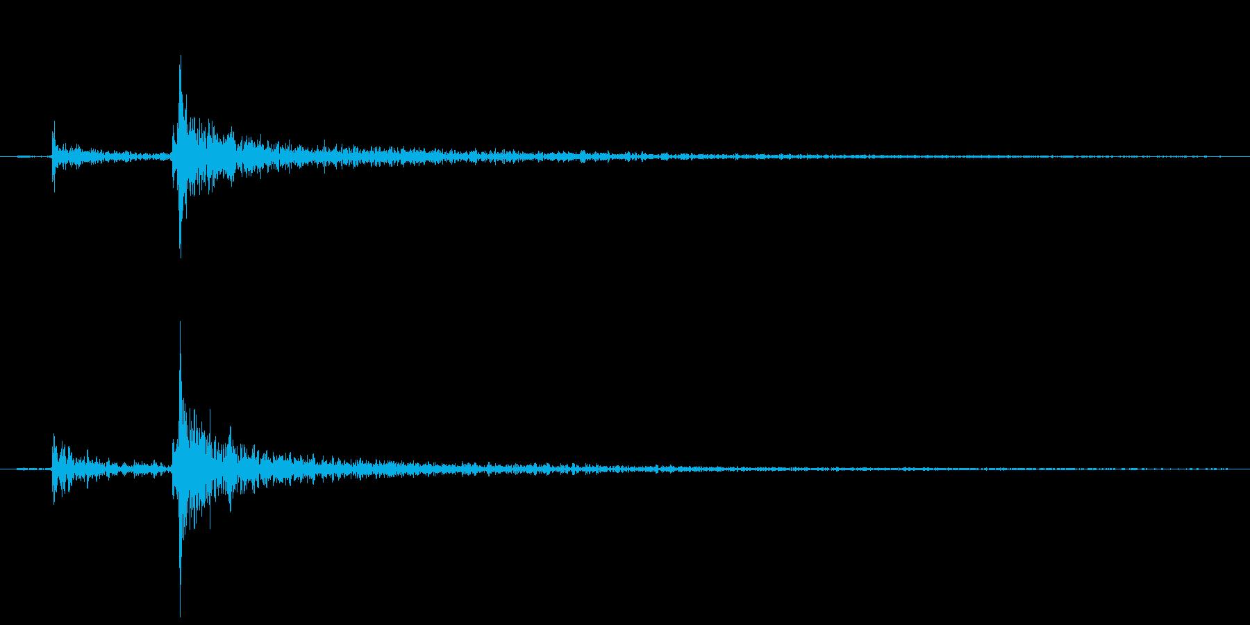 ドアを閉める音(エフェクト有り)の再生済みの波形