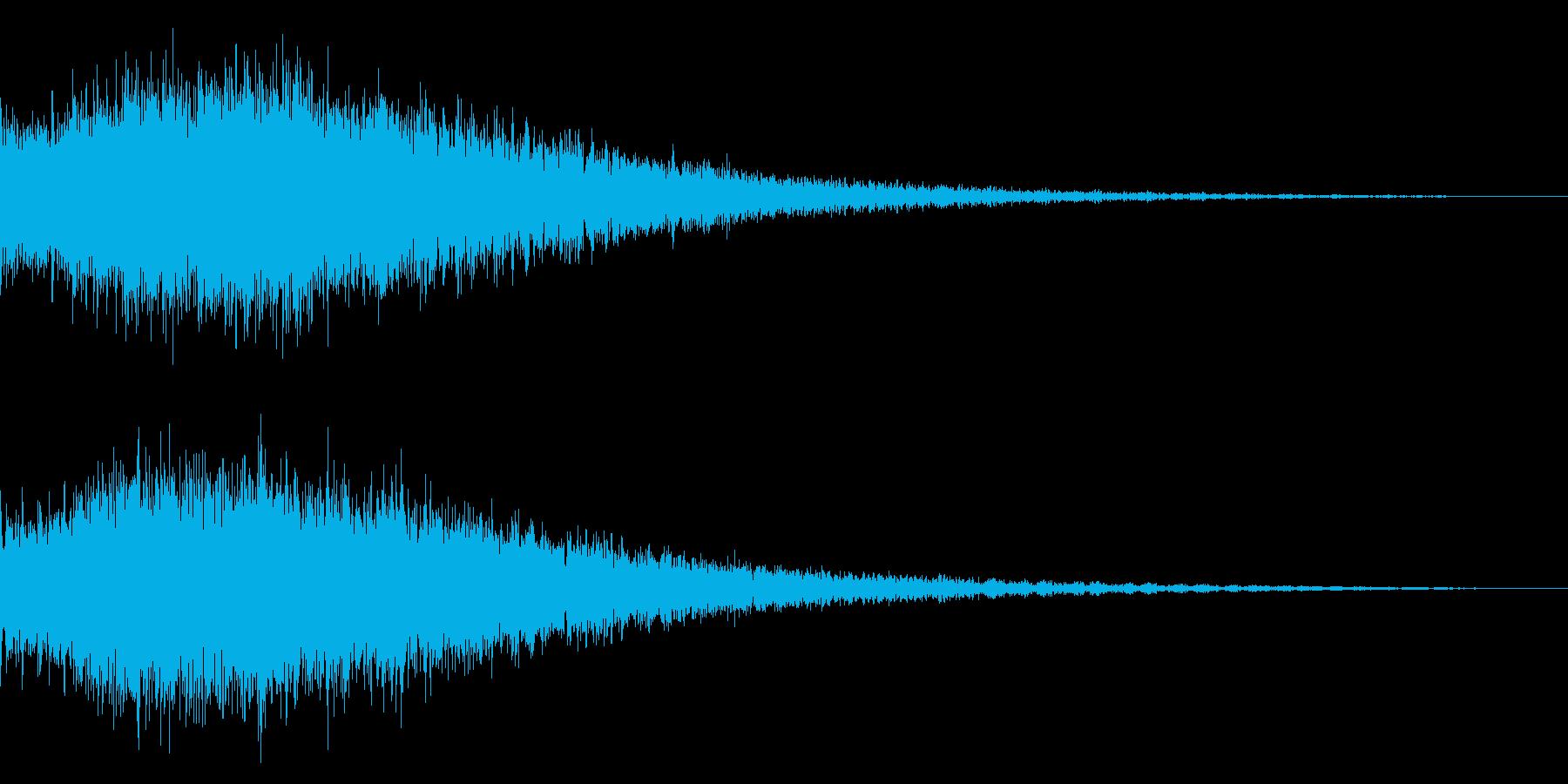 ピアノを加工した衝撃音の再生済みの波形
