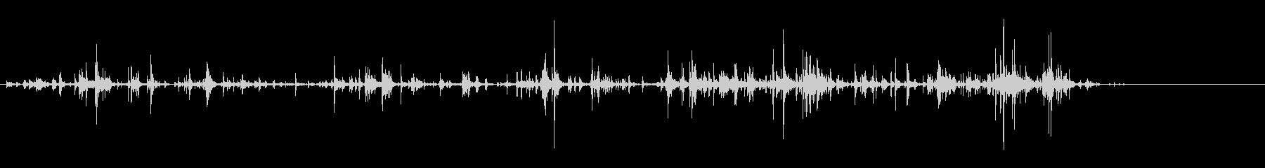 「カラカラ〜」ウッドチャイムの渇いた音の未再生の波形
