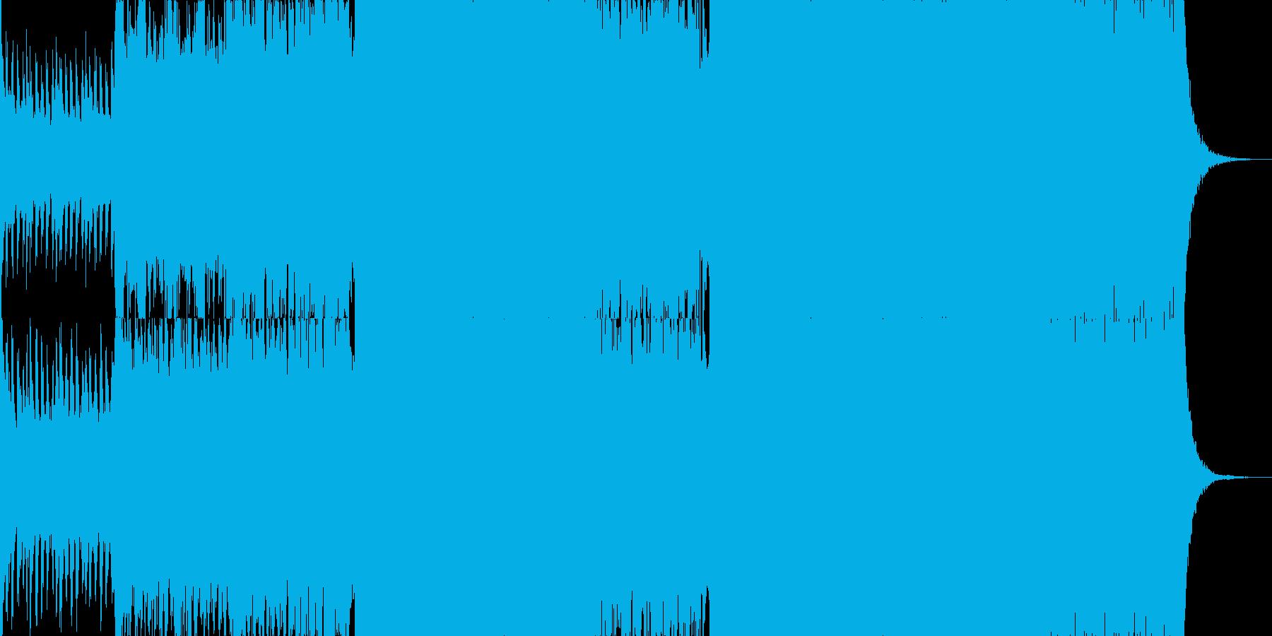 シンフォニックな音楽とダブステップの融合の再生済みの波形