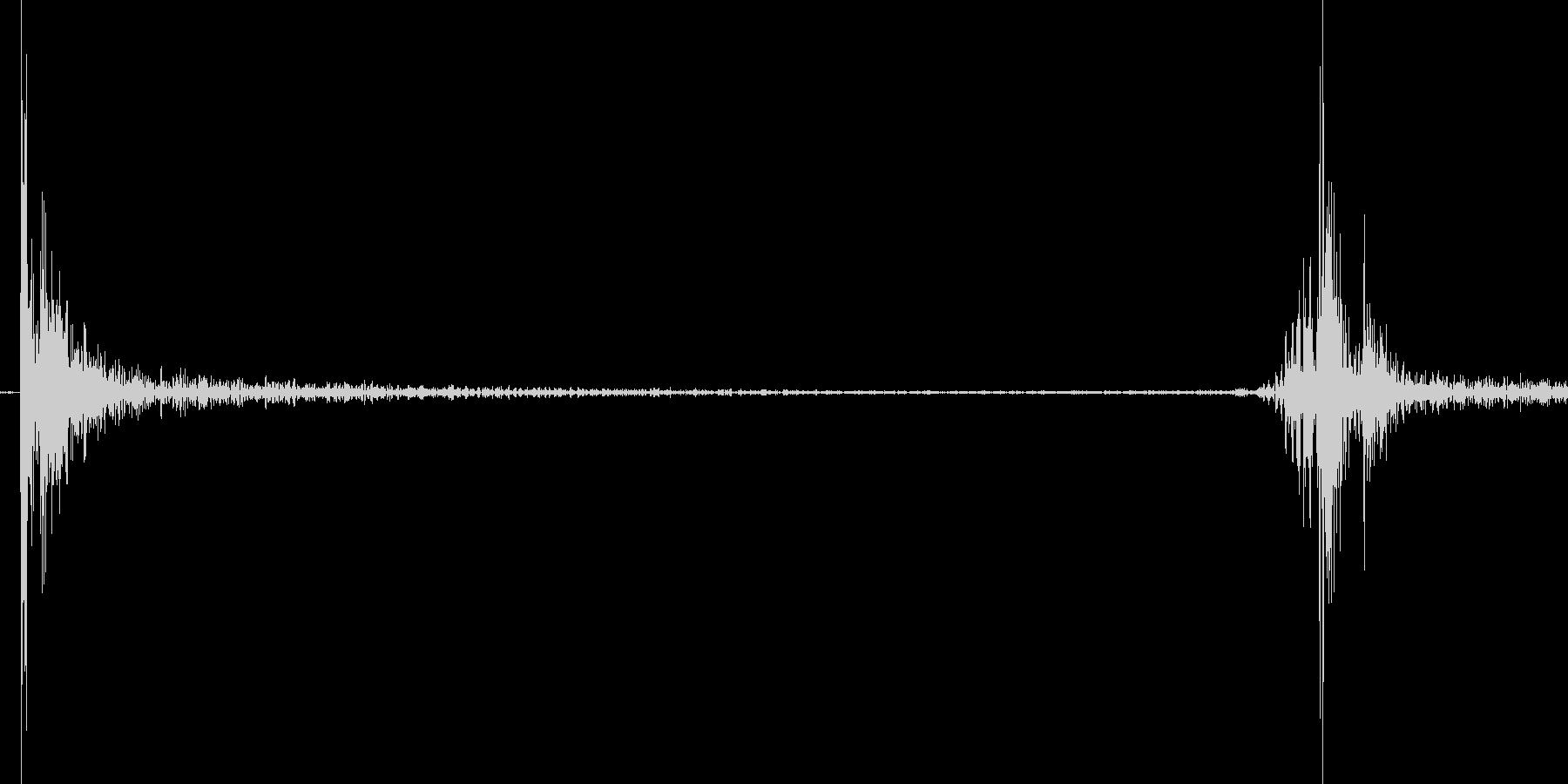 500円玉を置く音の未再生の波形