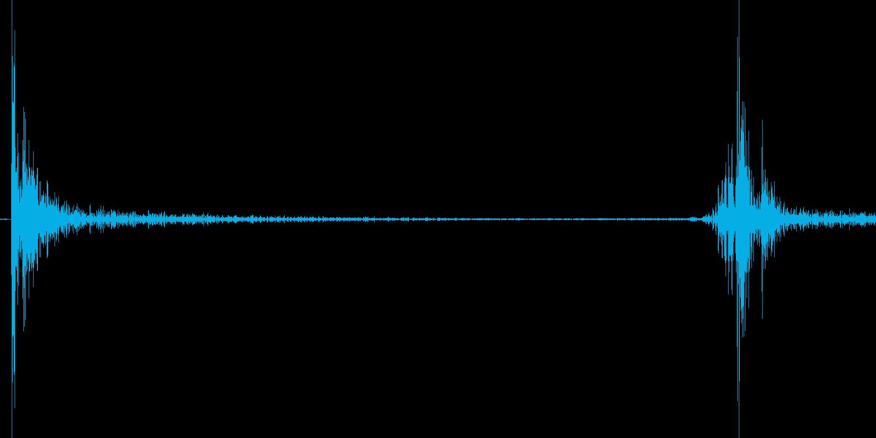 500円玉を置く音の再生済みの波形