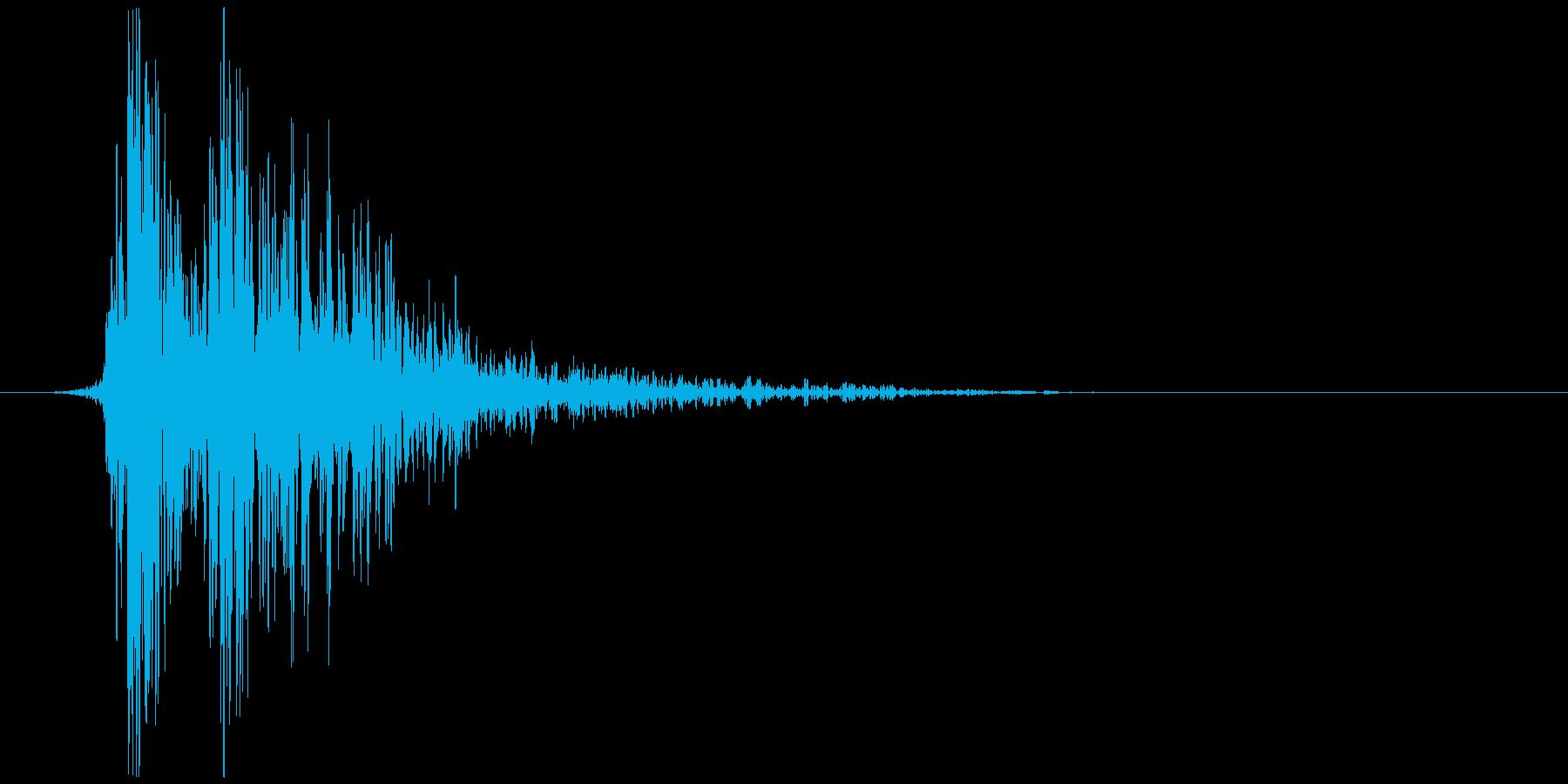 リアルな炎魔法の効果音_モノラル版の再生済みの波形