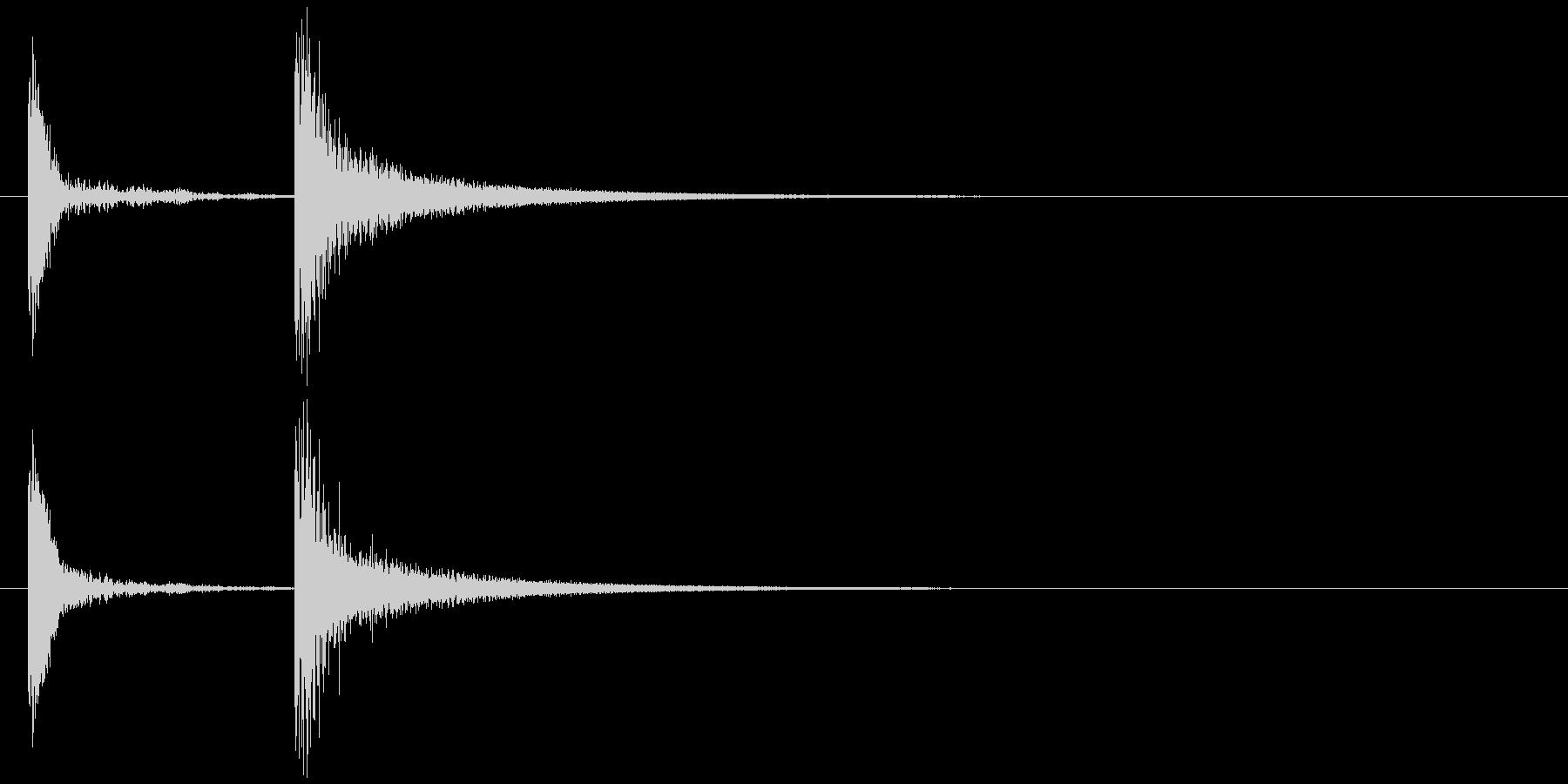 コテッ (テッの部分が金属風、コチン)の未再生の波形