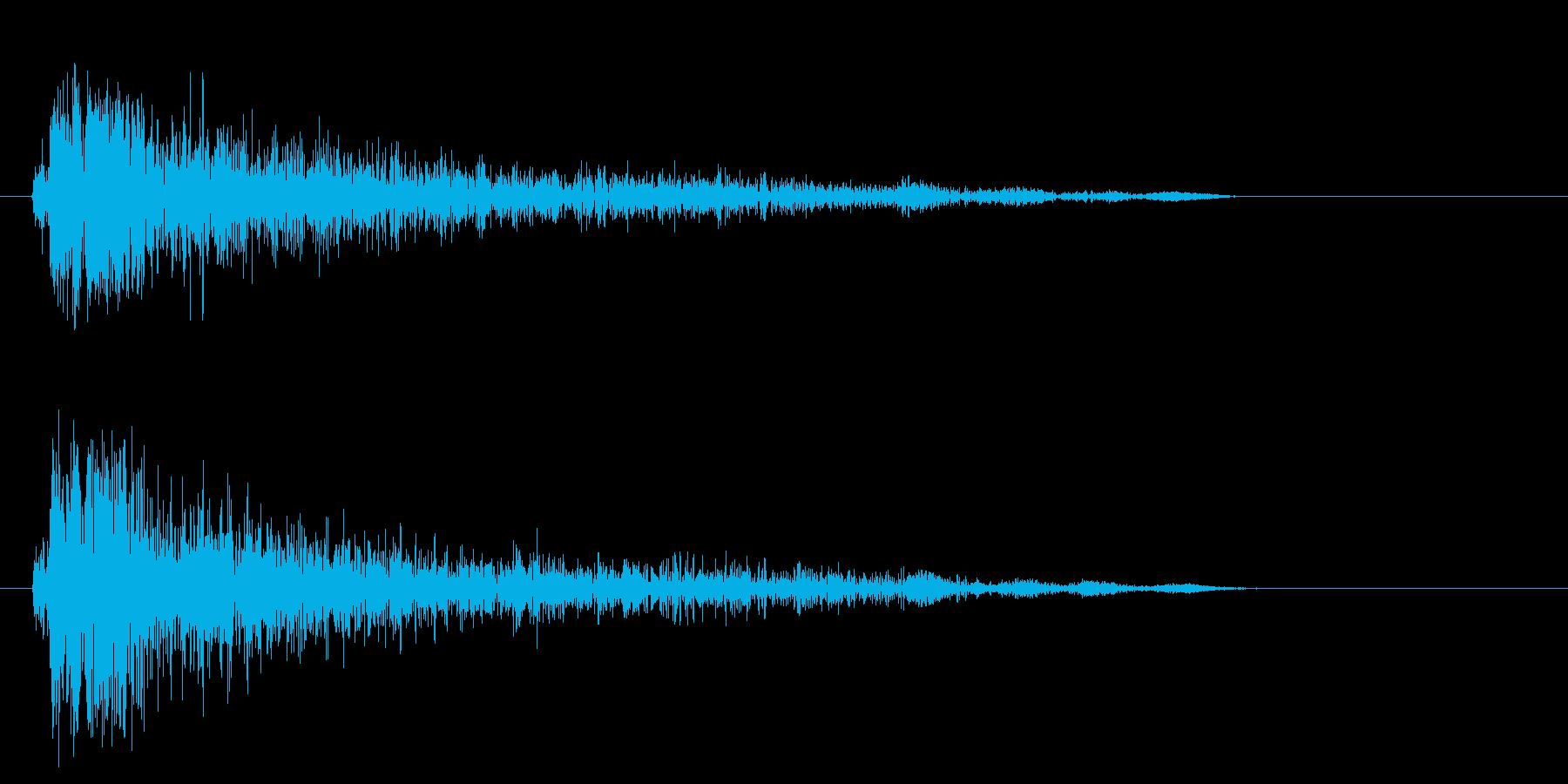 トタンに何かがぶつかったような音。の再生済みの波形