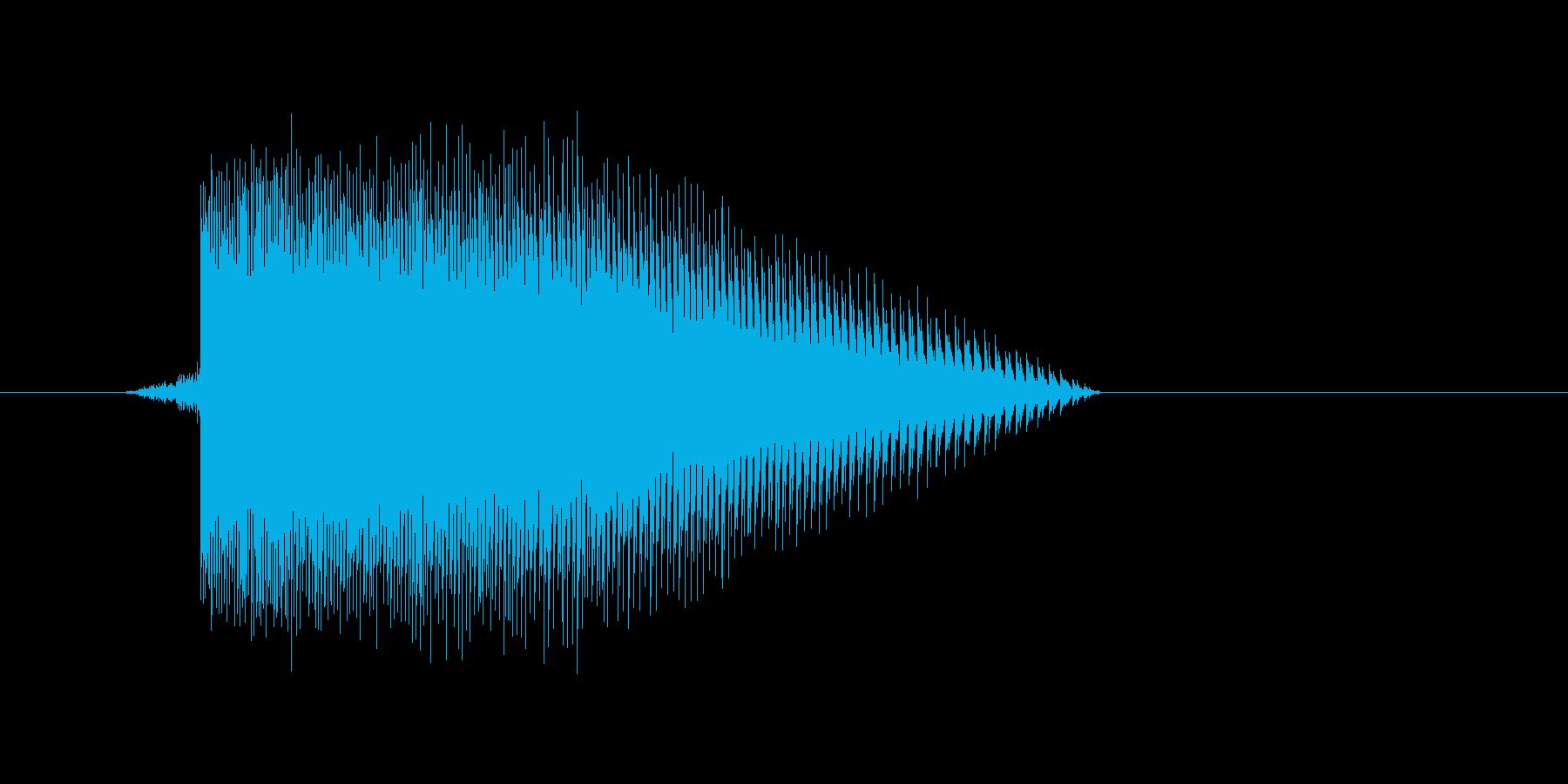 ゲーム(ファミコン風)レーザー音_049の再生済みの波形