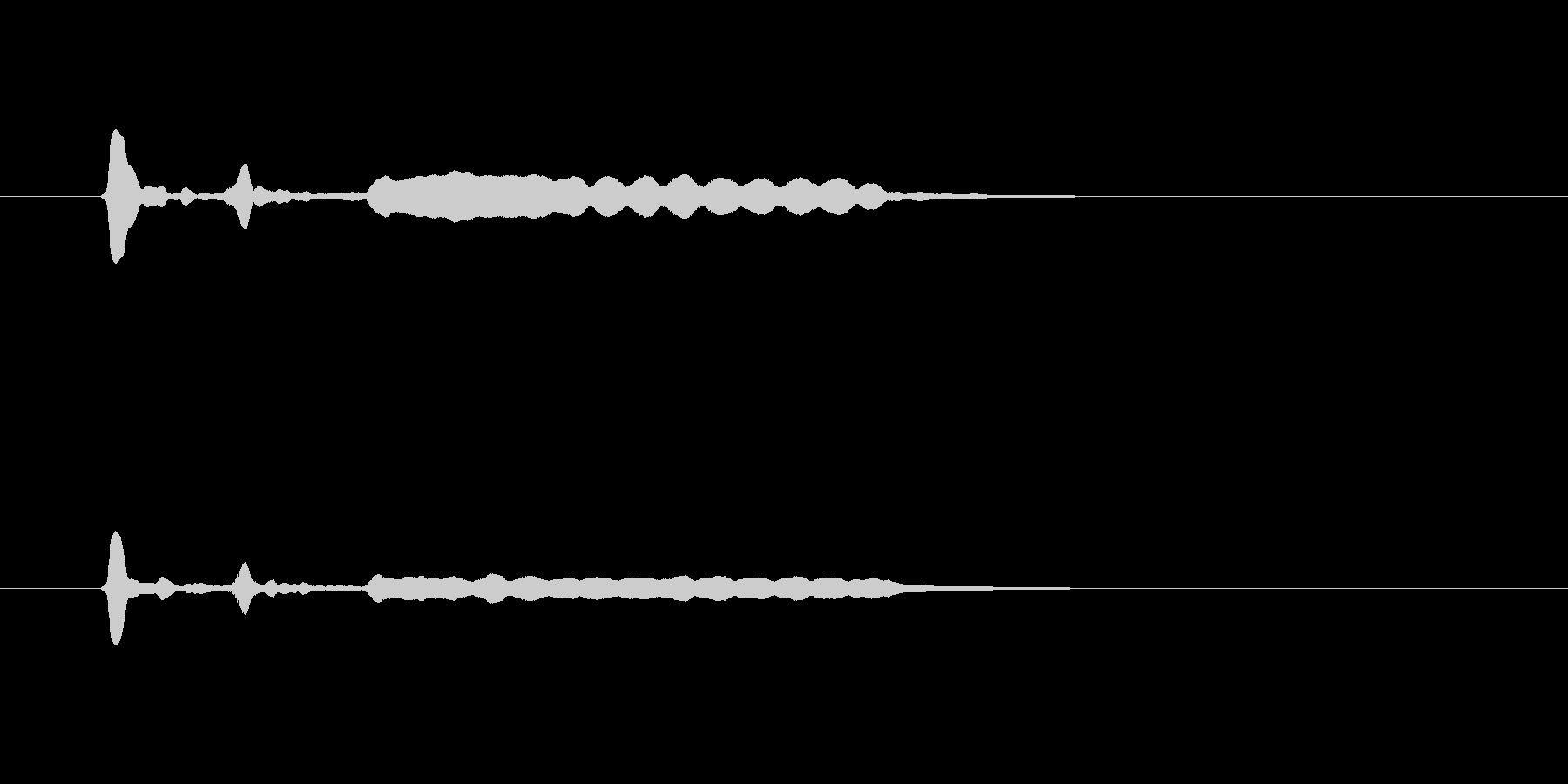 ピ、ピ、プーというフルートのような音の未再生の波形